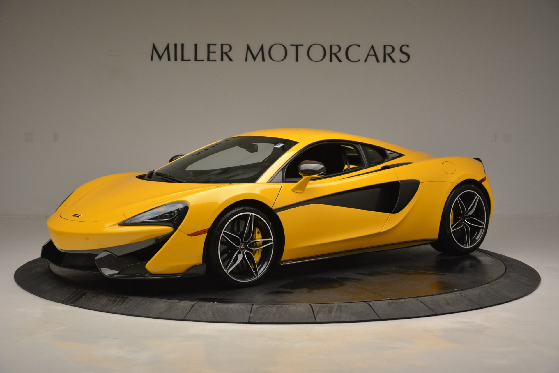 Used 2017 McLaren 570S  For Sale In Greenwich, CT 2843_p2