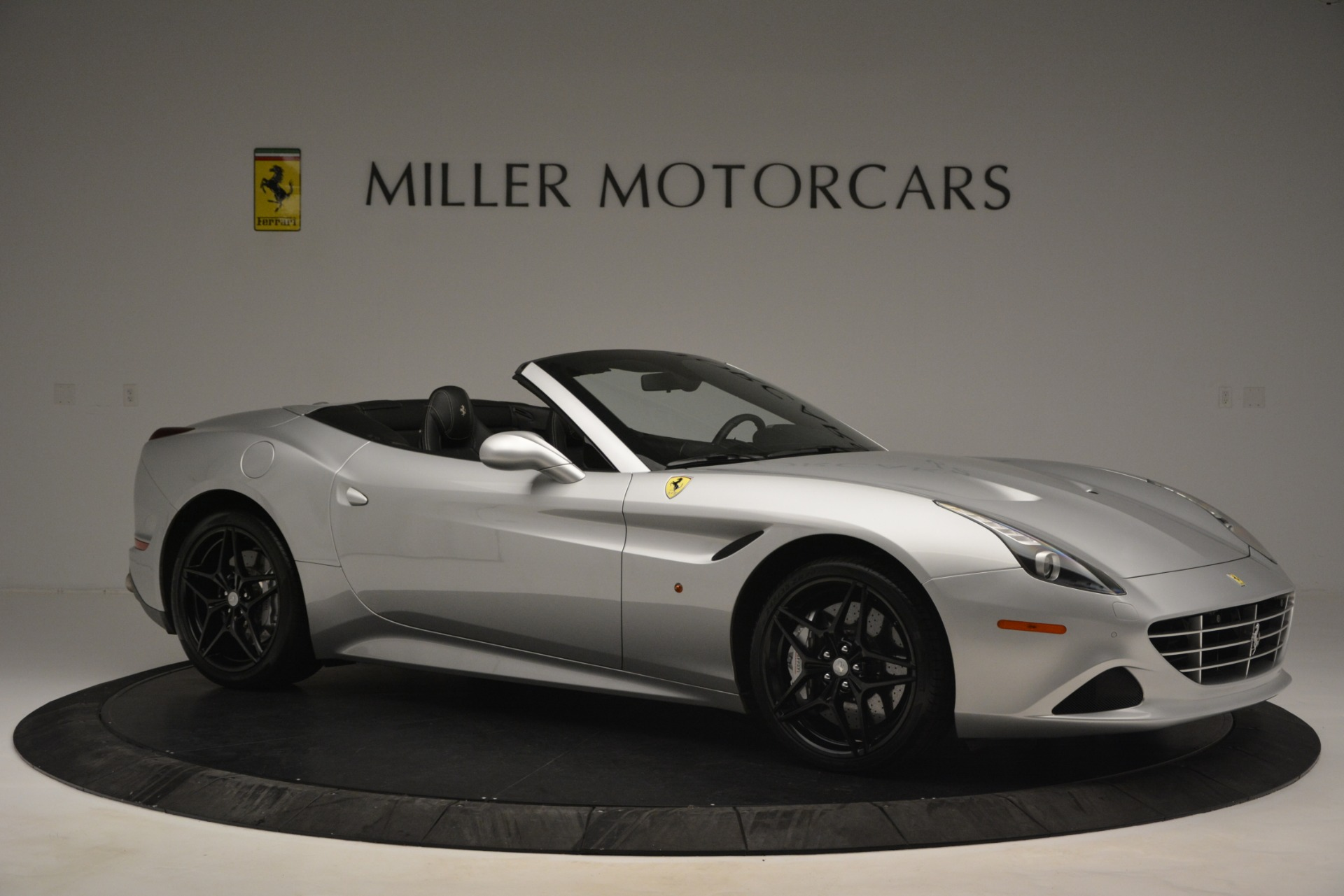 Used 2015 Ferrari California T  For Sale In Greenwich, CT 2846_p10
