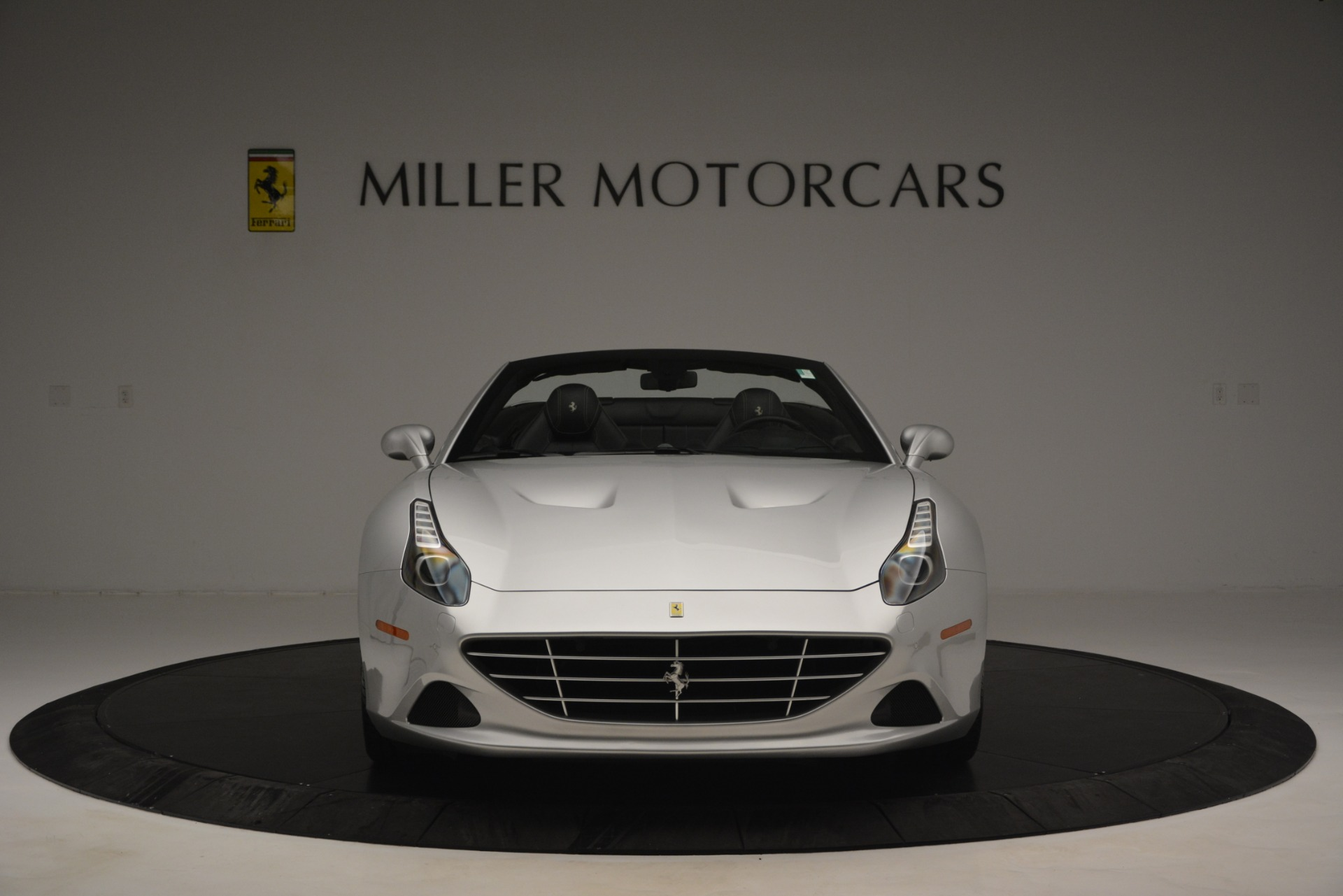 Used 2015 Ferrari California T  For Sale In Greenwich, CT 2846_p12