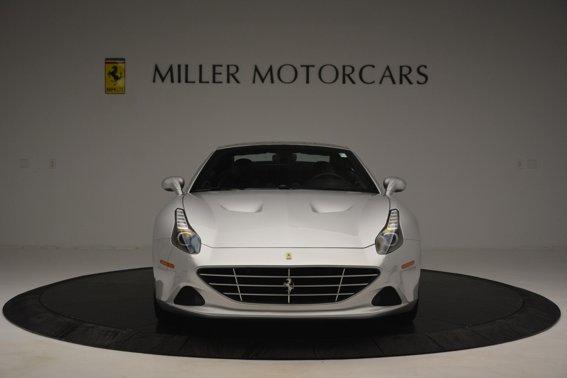 Used 2015 Ferrari California T  For Sale In Greenwich, CT 2846_p24