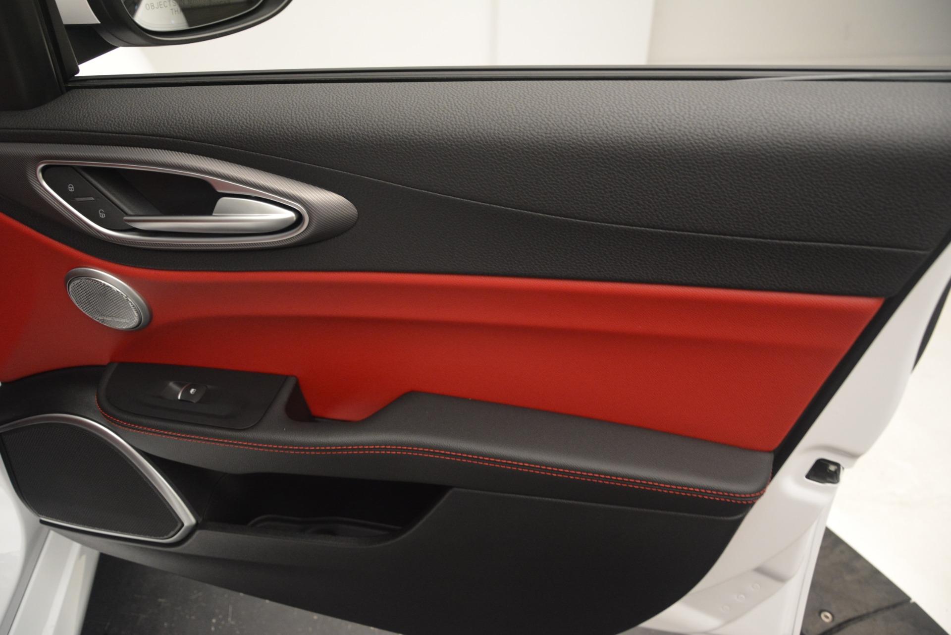 New 2019 Alfa Romeo Giulia Ti Sport Q4 For Sale In Greenwich, CT 2859_p25