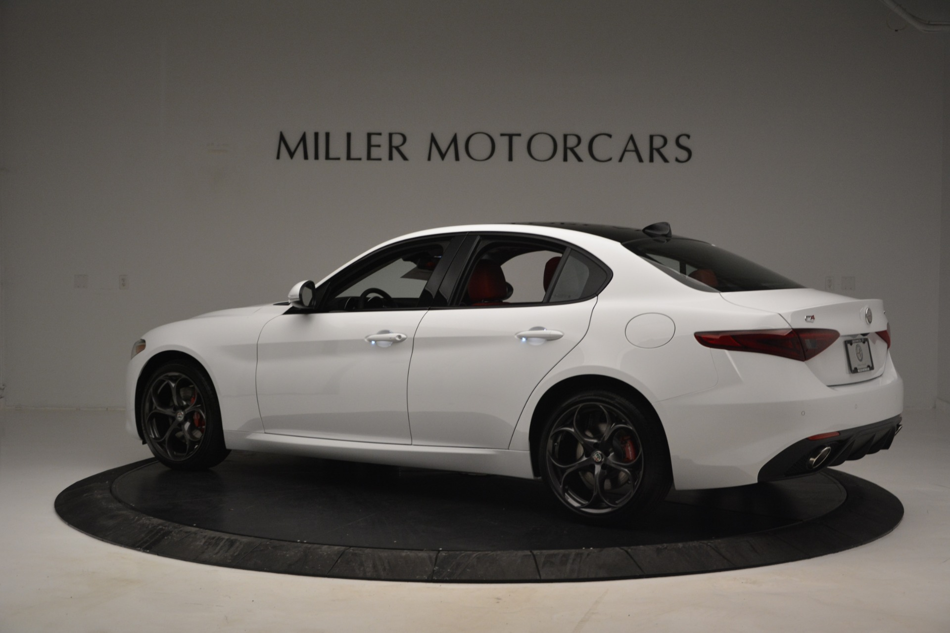 New 2019 Alfa Romeo Giulia Ti Sport Q4 For Sale In Greenwich, CT 2860_p4
