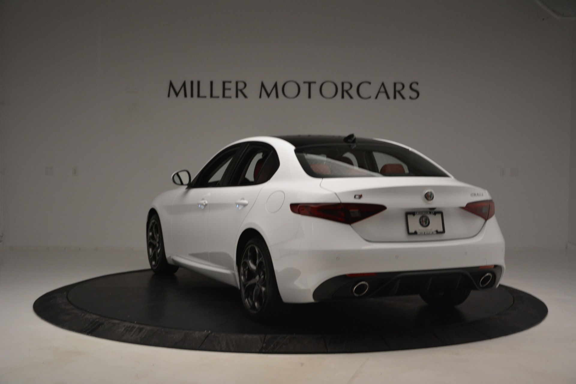 New 2019 Alfa Romeo Giulia Ti Sport Q4 For Sale In Greenwich, CT 2860_p5
