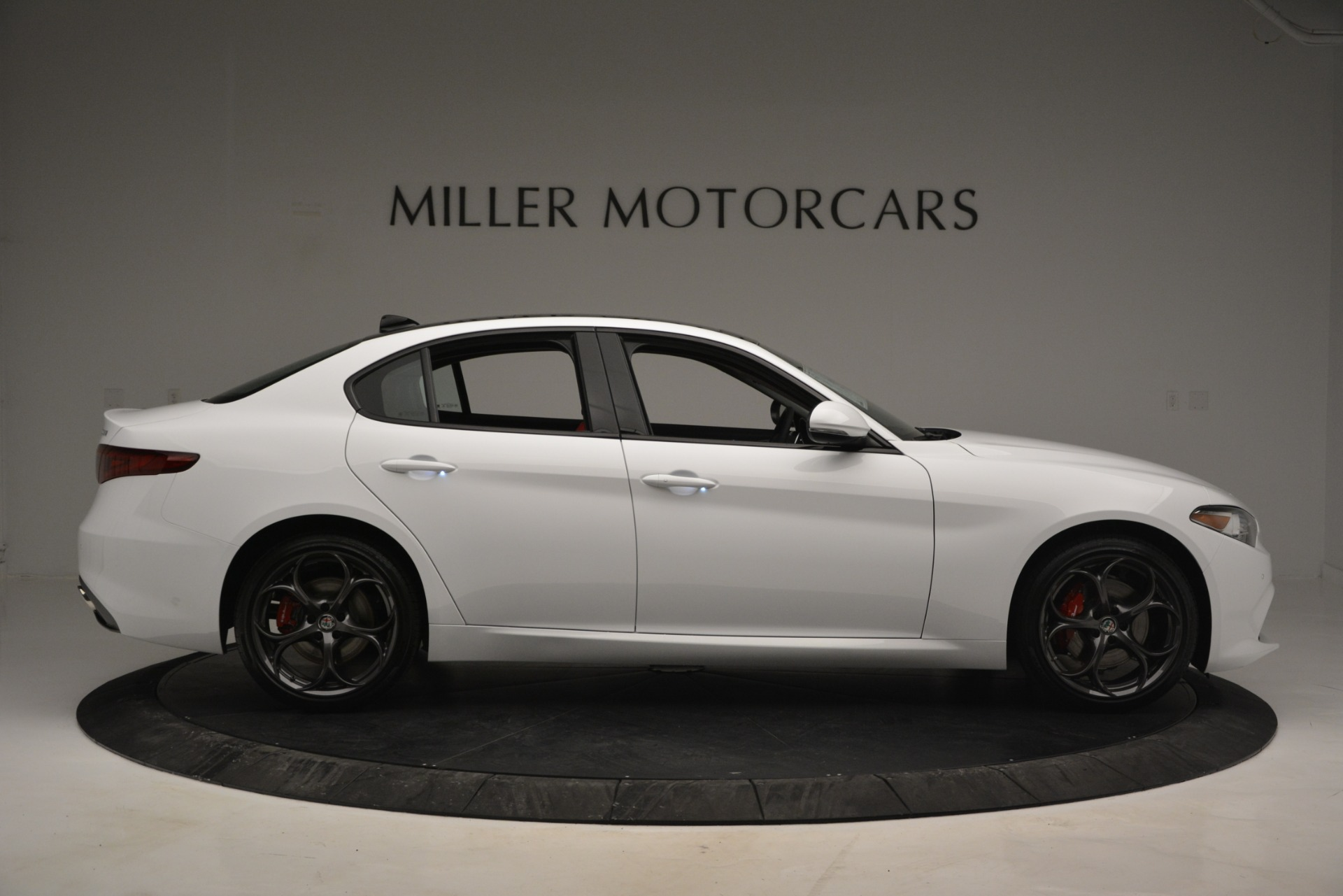 New 2019 Alfa Romeo Giulia Ti Sport Q4 For Sale In Greenwich, CT 2860_p9