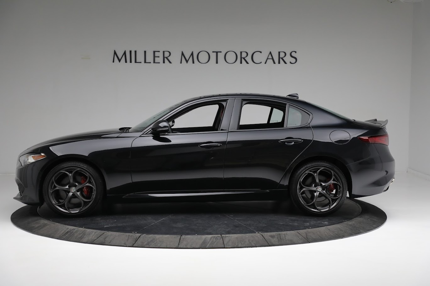 New 2019 Alfa Romeo Giulia Ti Sport Q4 For Sale In Greenwich, CT 2863_p4