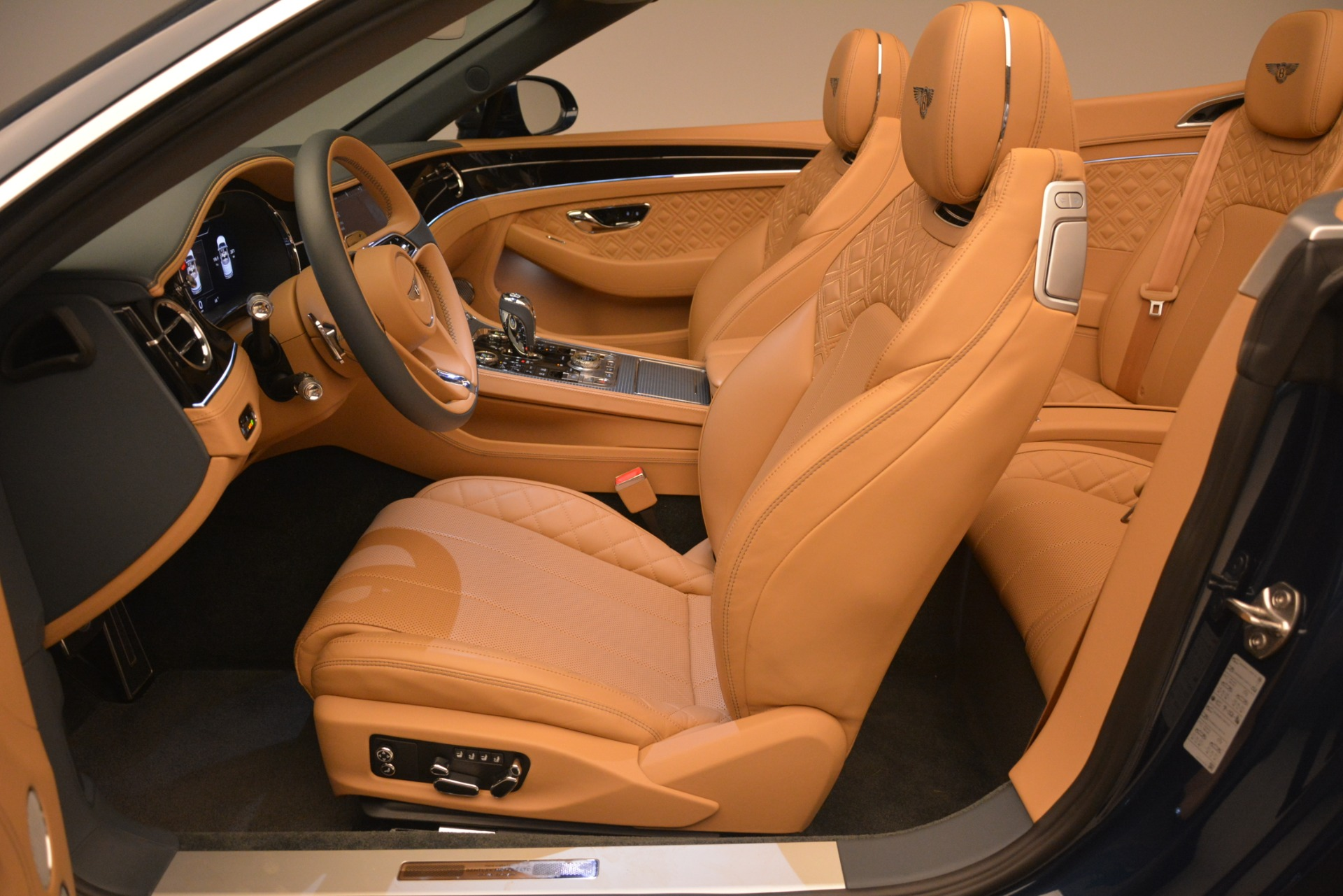 New 2020 Bentley Continental GTC  For Sale In Greenwich, CT 2865_p29
