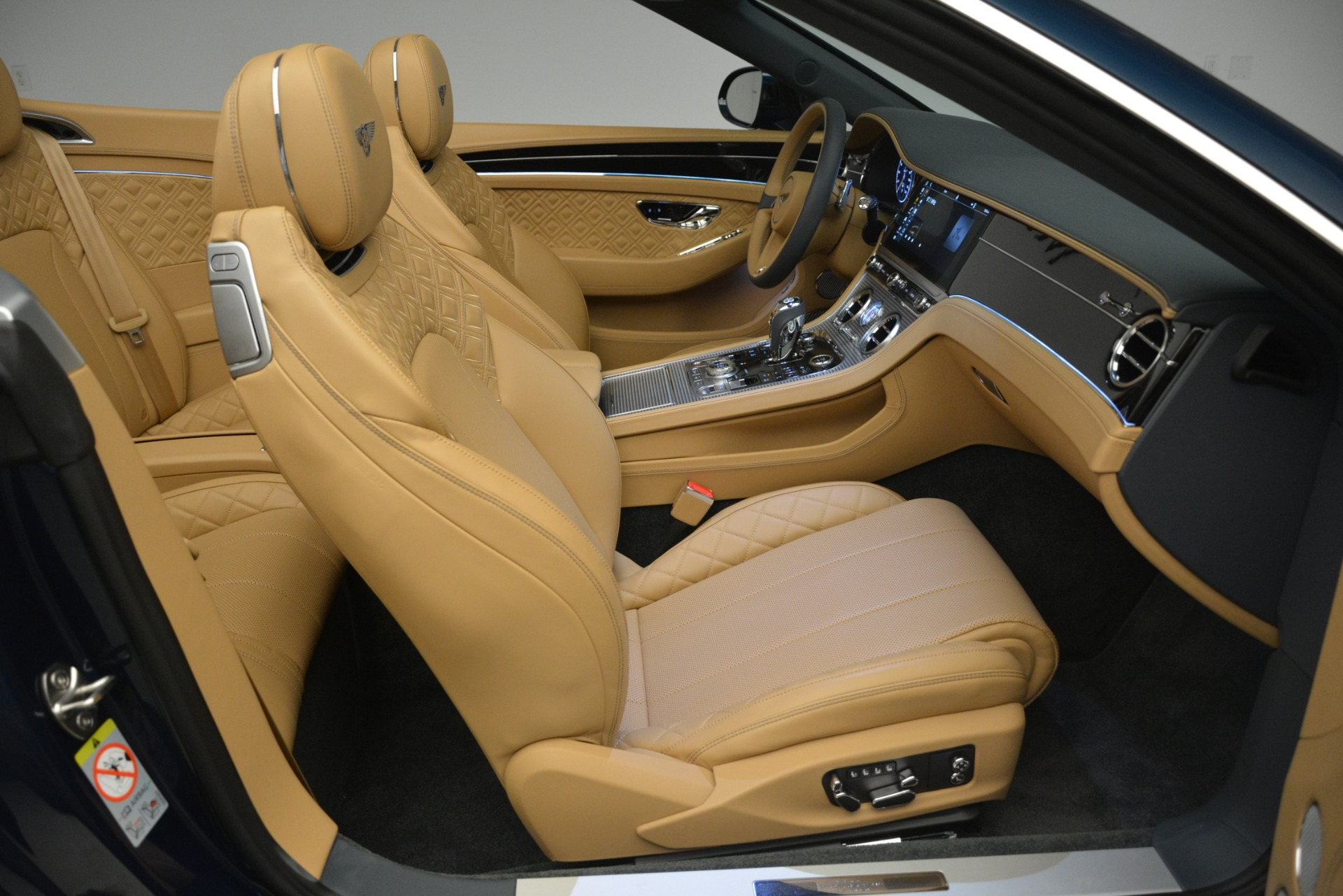 New 2020 Bentley Continental GTC  For Sale In Greenwich, CT 2865_p39