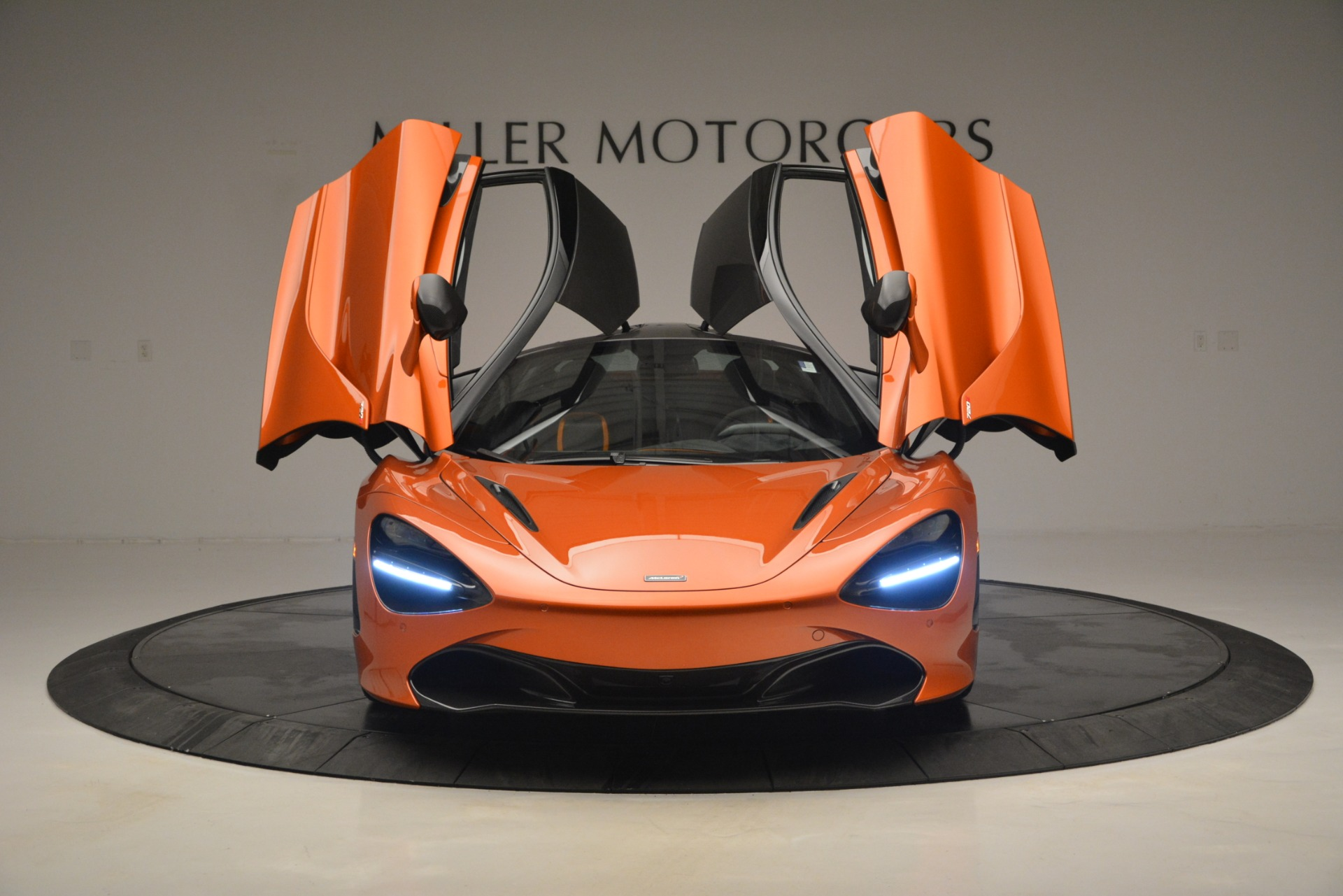 Used 2018 McLaren 720S Coupe For Sale In Greenwich, CT 2870_p13