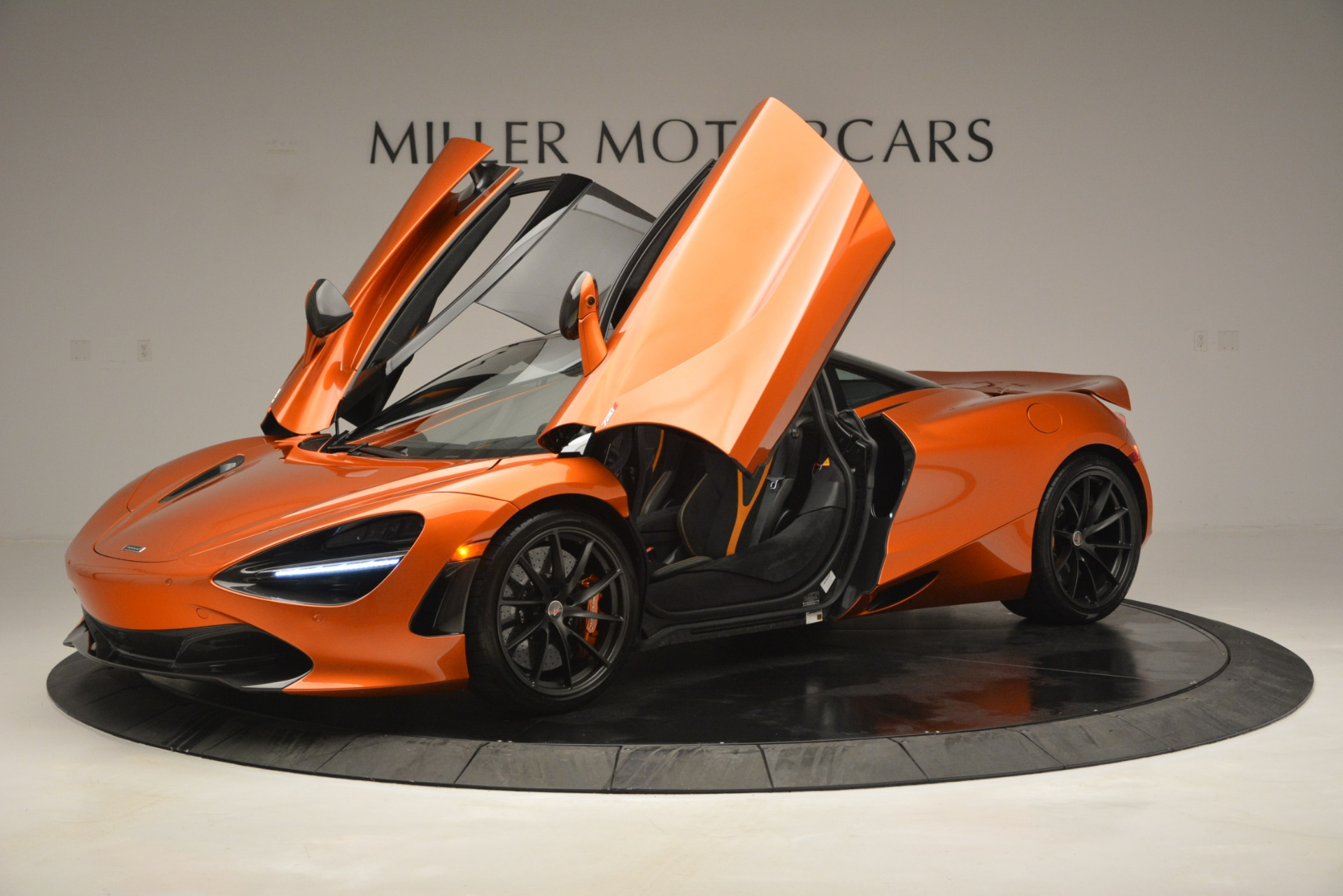 Used 2018 McLaren 720S Coupe For Sale In Greenwich, CT 2870_p14
