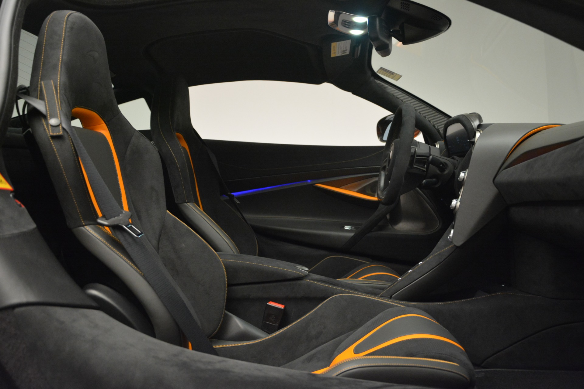 Used 2018 McLaren 720S Coupe For Sale In Greenwich, CT 2870_p21