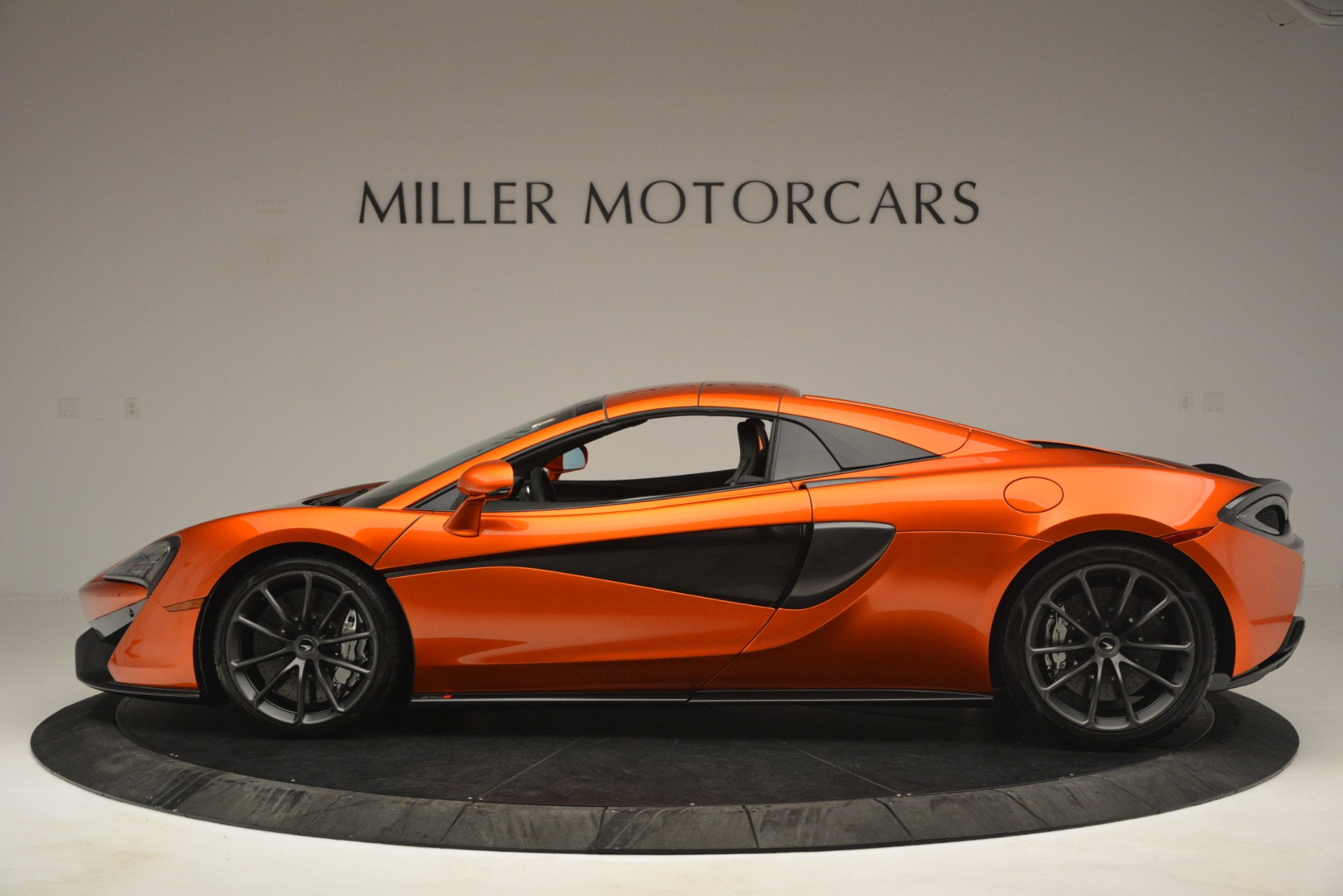 New 2019 McLaren 570S Spider Convertible For Sale In Greenwich, CT 2872_p16