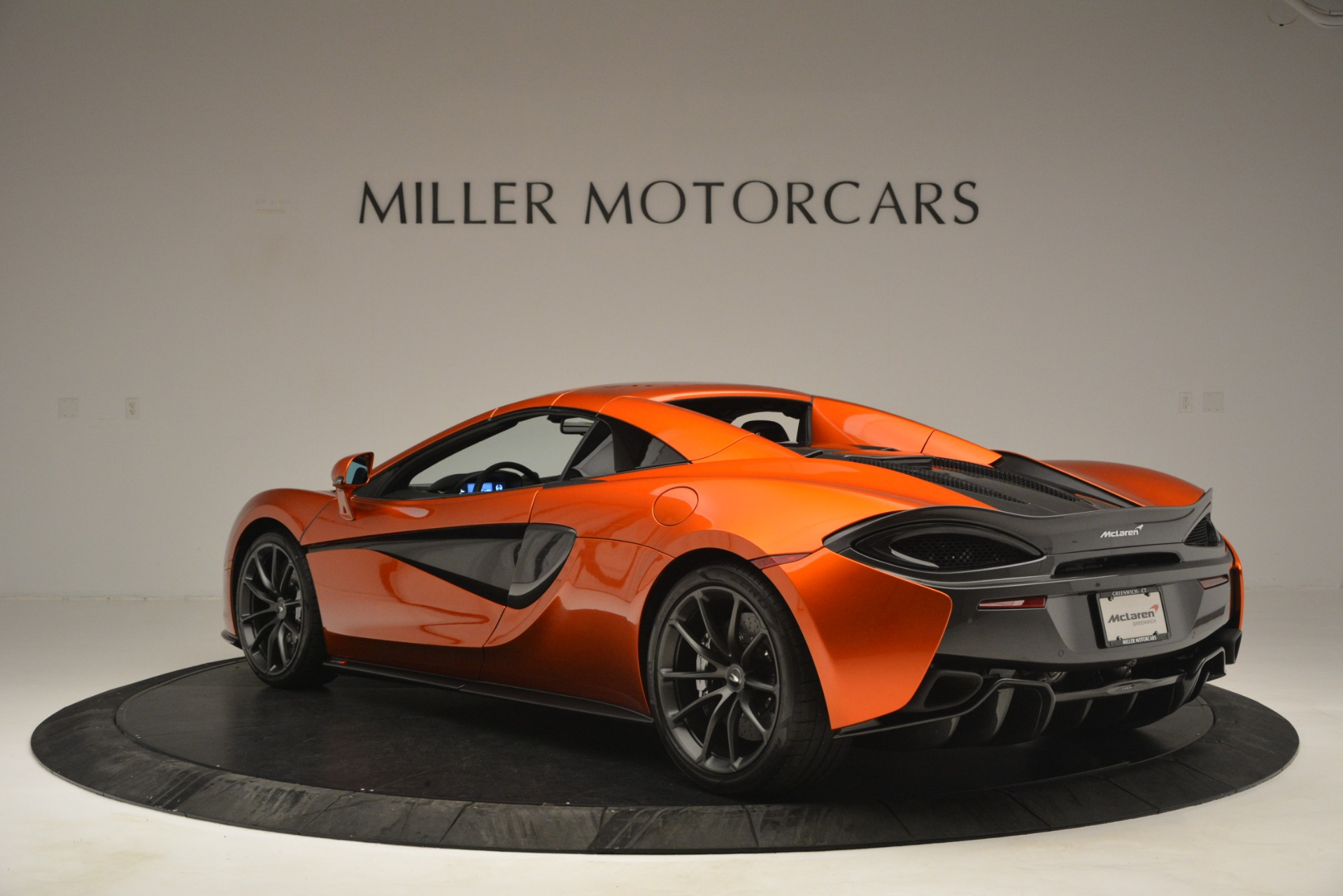 New 2019 McLaren 570S Spider Convertible For Sale In Greenwich, CT 2872_p17