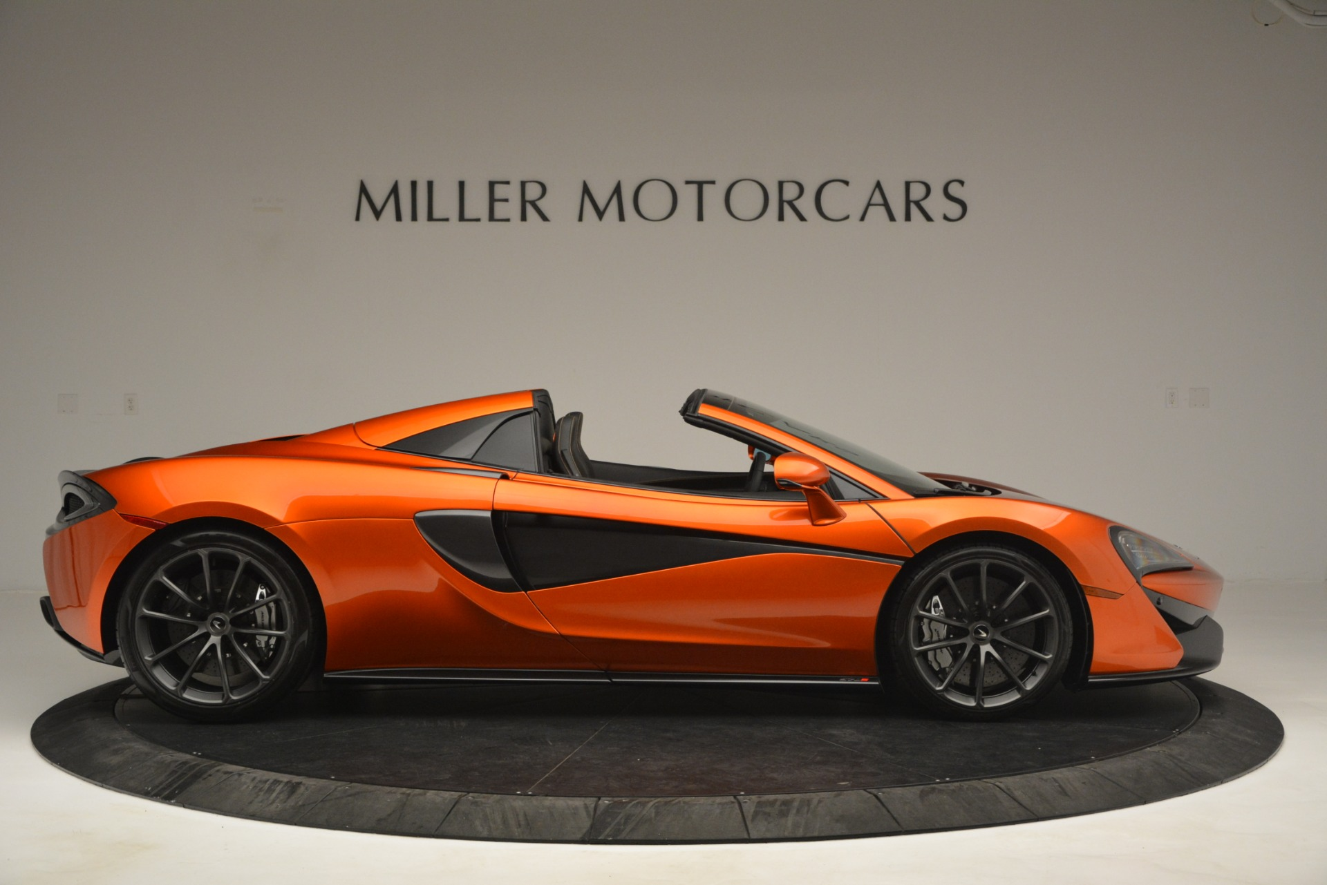 New 2019 McLaren 570S Spider Convertible For Sale In Greenwich, CT 2872_p9