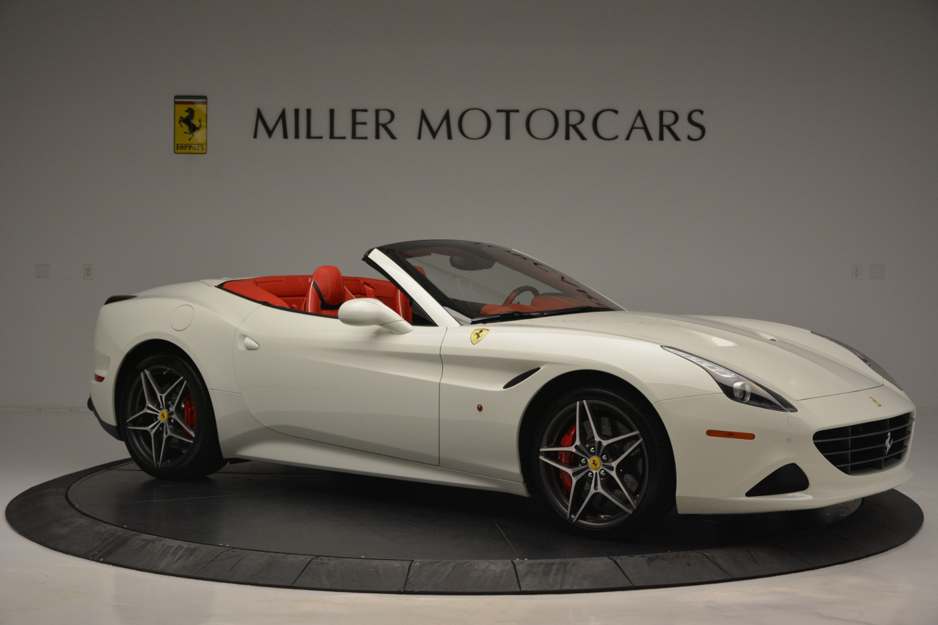 Used 2017 Ferrari California T Handling Speciale For Sale In Greenwich, CT 2881_p10