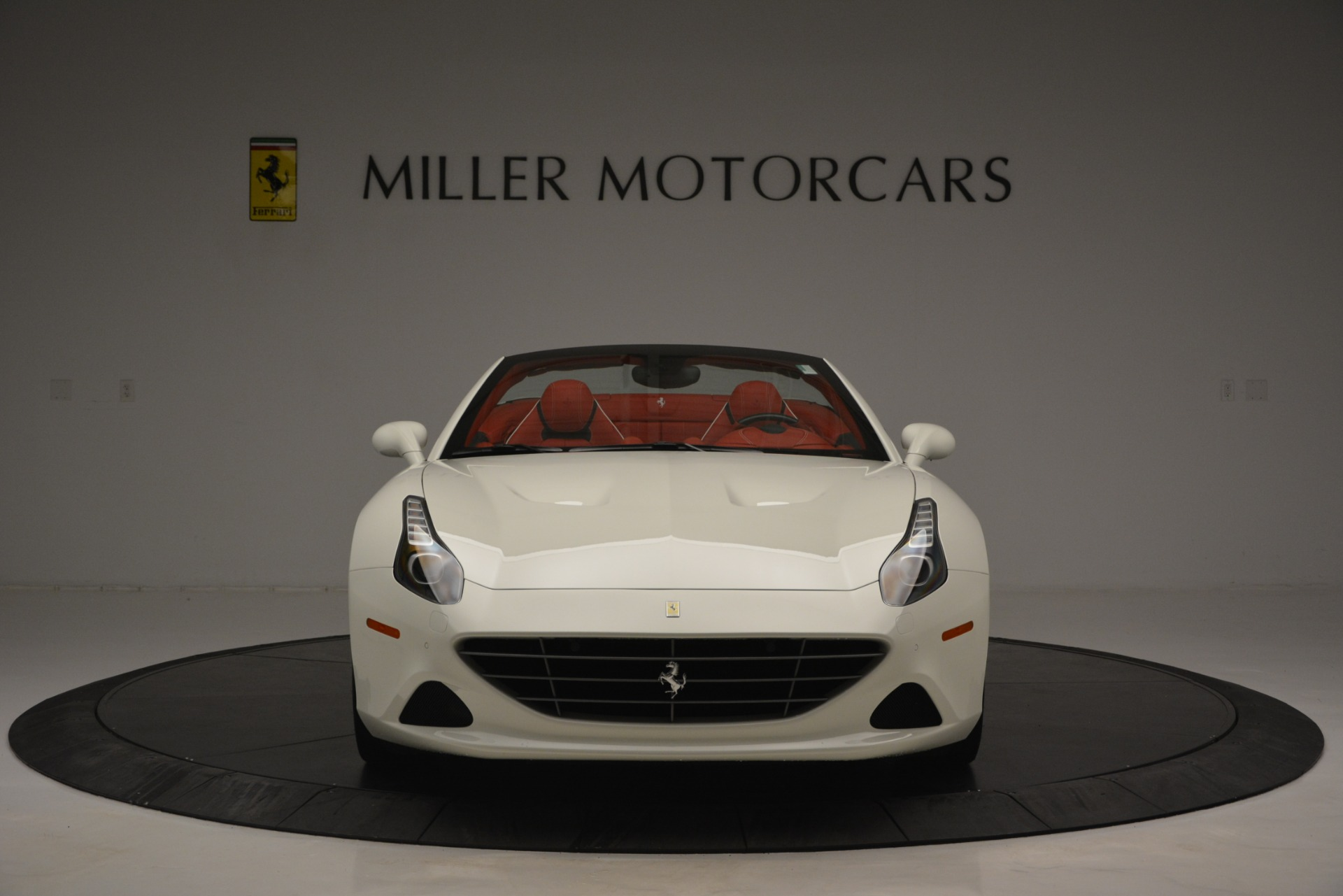 Used 2017 Ferrari California T Handling Speciale For Sale In Greenwich, CT 2881_p12