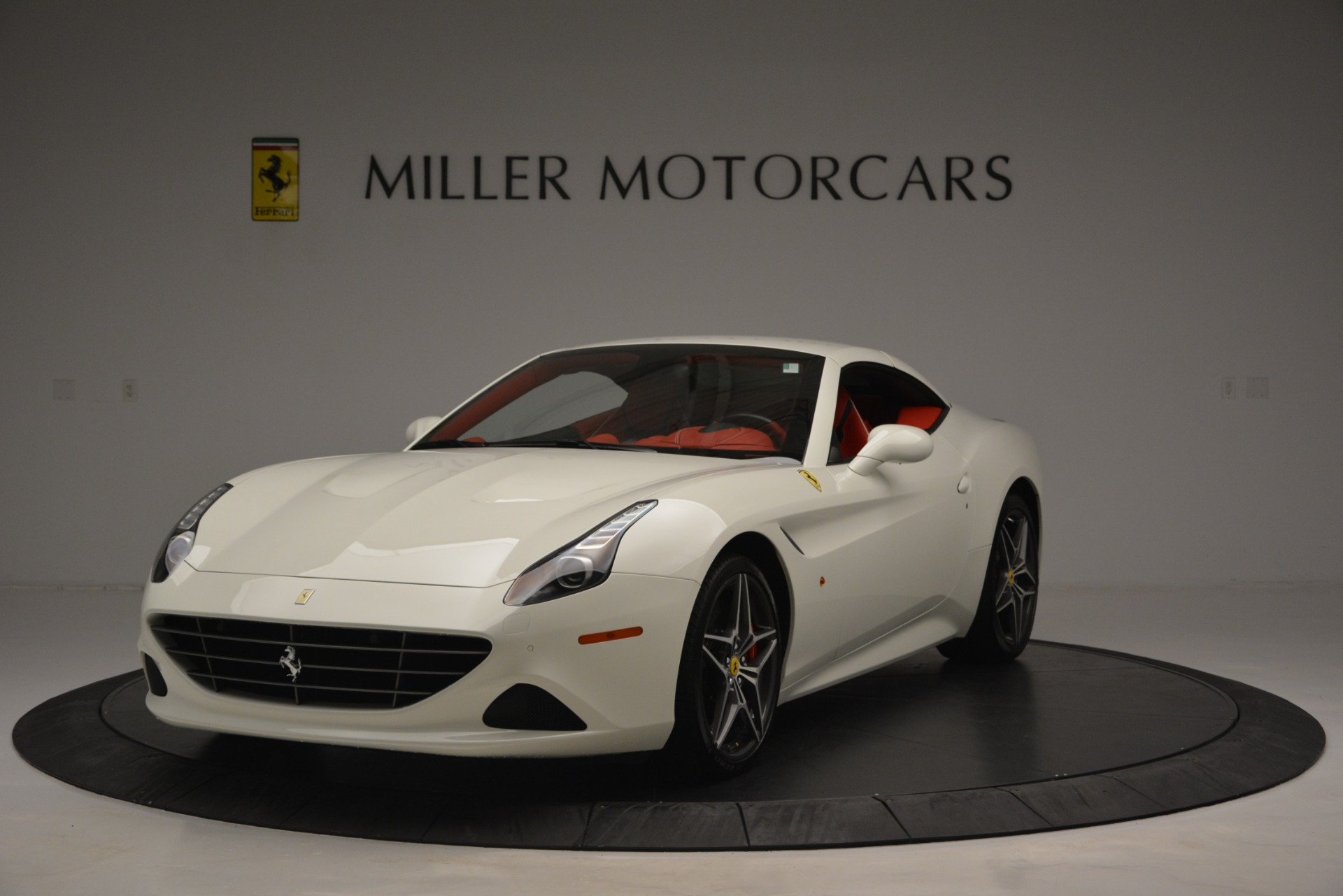 Used 2017 Ferrari California T Handling Speciale For Sale In Greenwich, CT 2881_p13