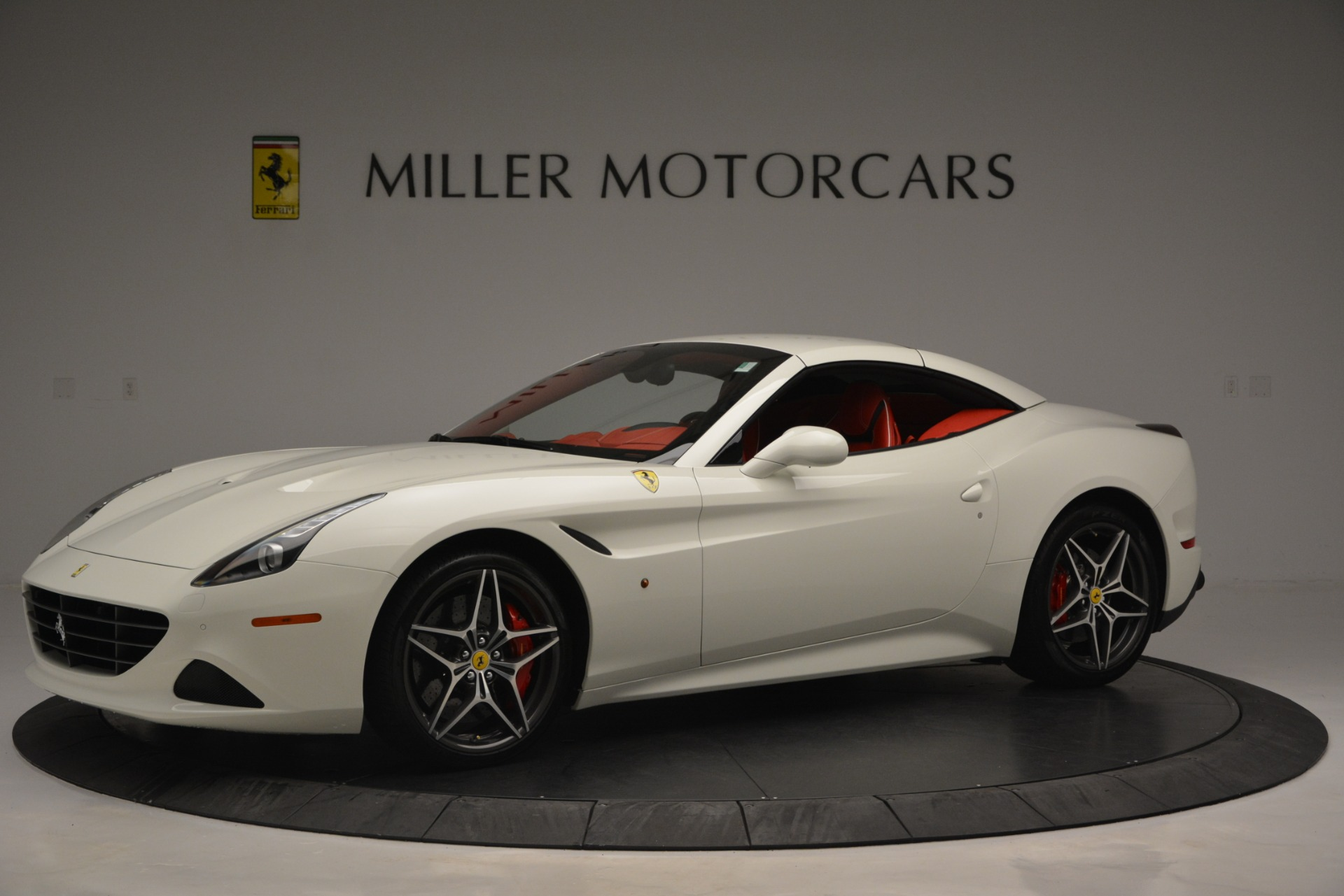 Used 2017 Ferrari California T Handling Speciale For Sale In Greenwich, CT 2881_p14
