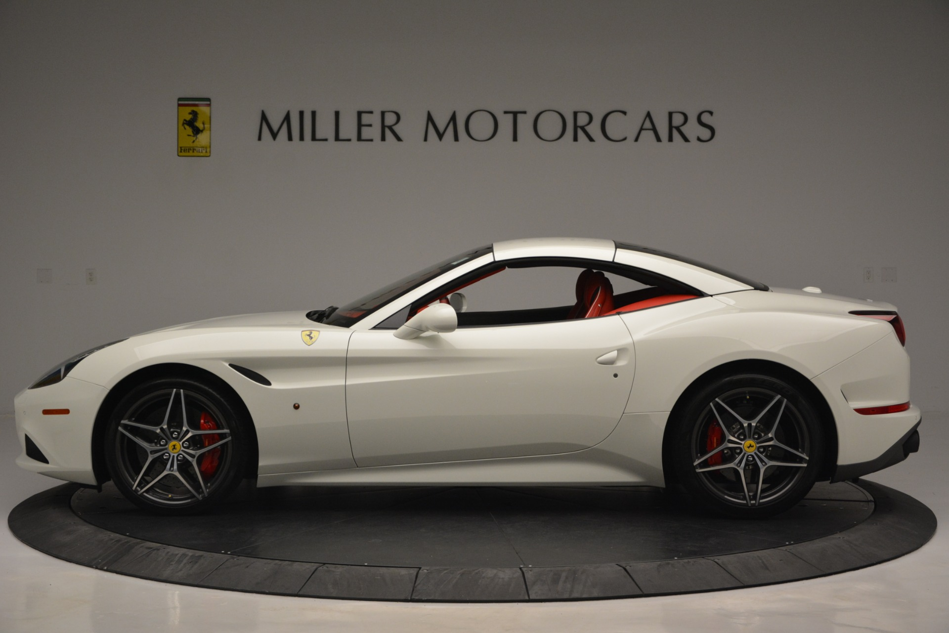 Used 2017 Ferrari California T Handling Speciale For Sale In Greenwich, CT 2881_p15