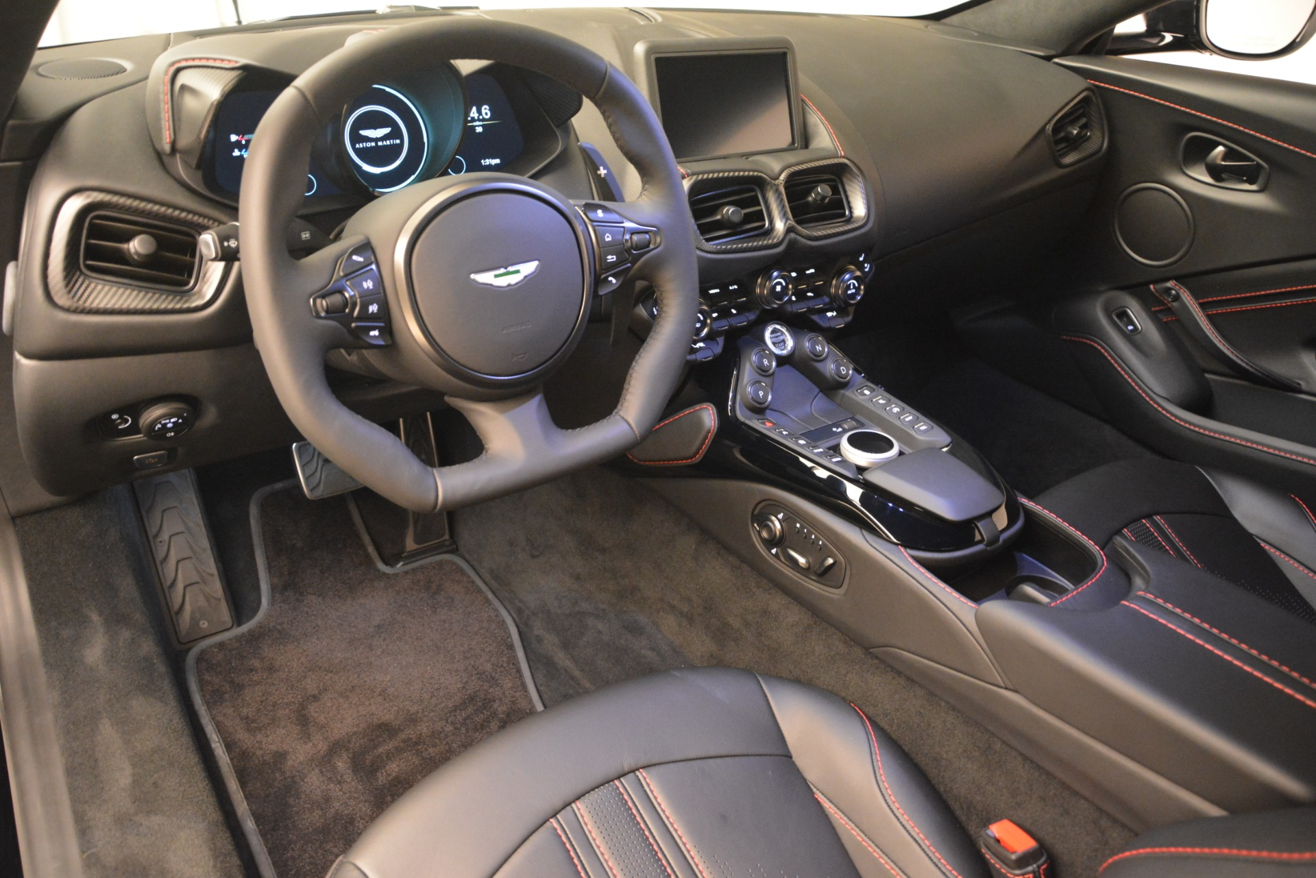 New 2019 Aston Martin Vantage  For Sale In Greenwich, CT 2886_p14