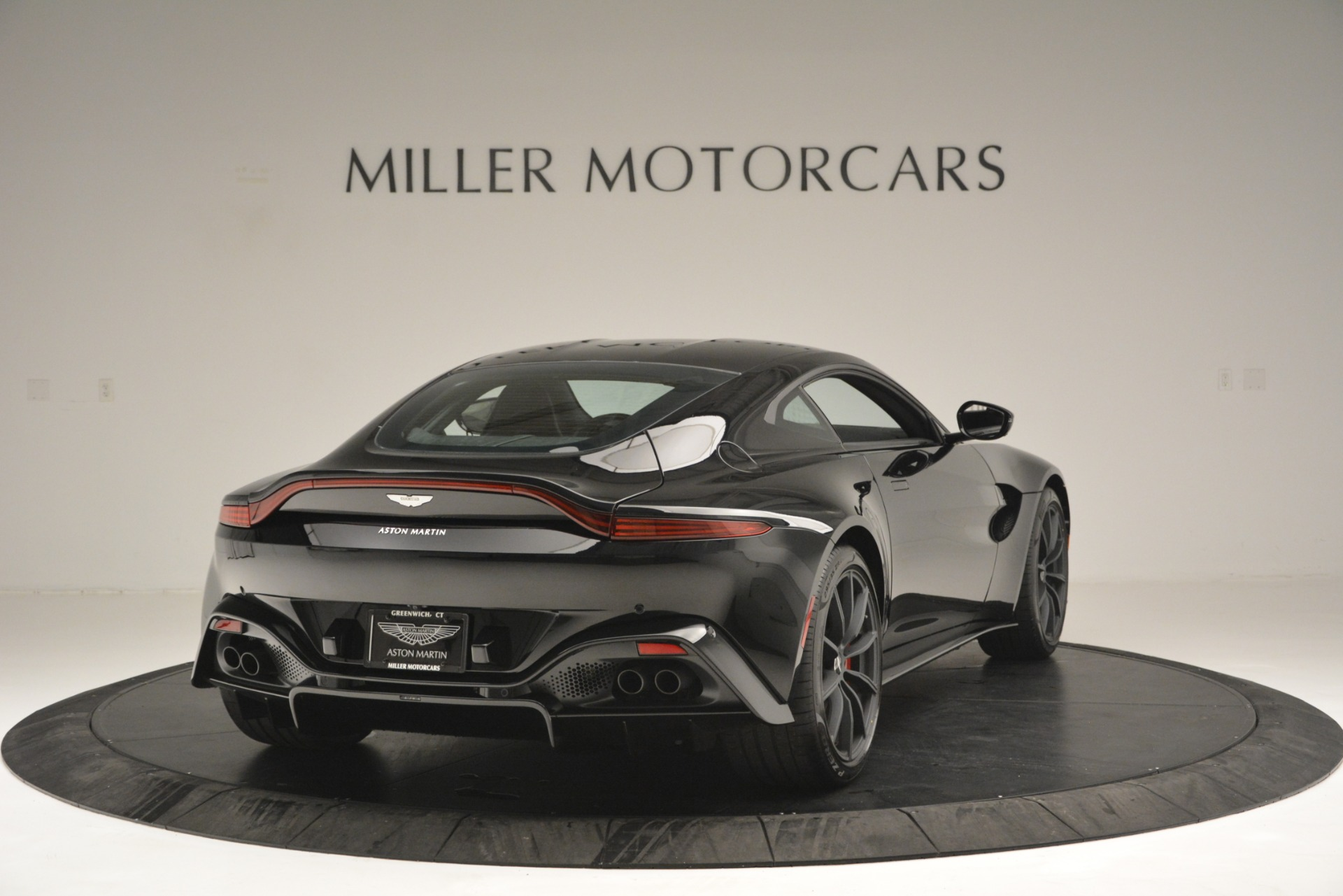 New 2019 Aston Martin Vantage  For Sale In Greenwich, CT 2886_p7