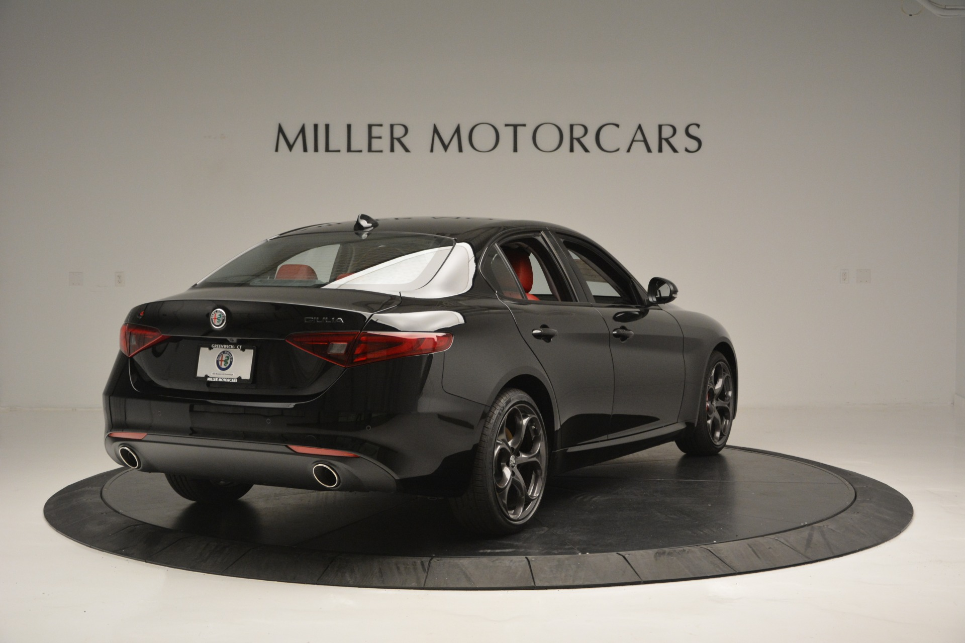 New 2019 Alfa Romeo Giulia Q4 For Sale In Greenwich, CT 2892_p7