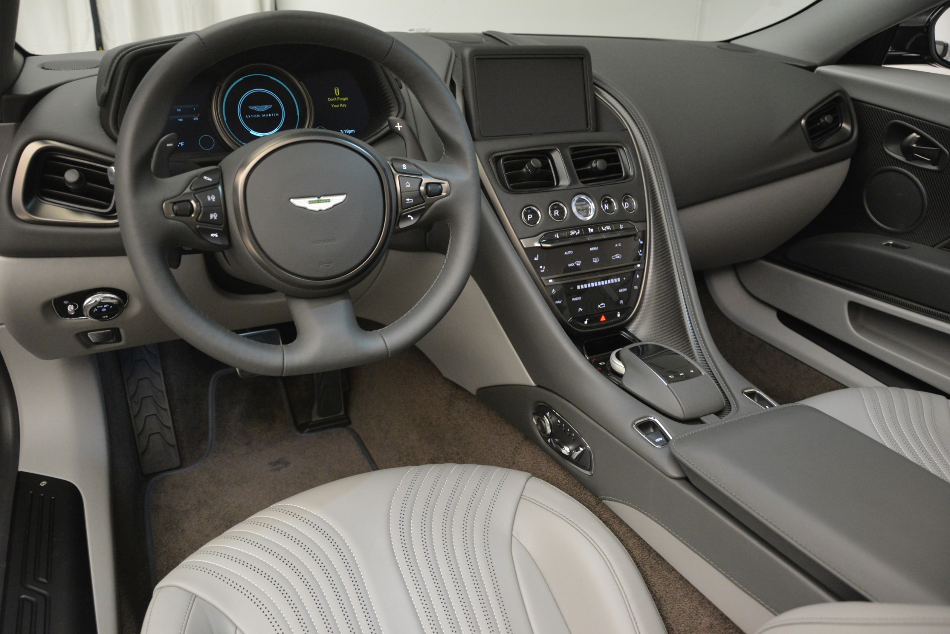 New 2019 Aston Martin DB11 V8 Convertible For Sale In Greenwich, CT 2902_p20