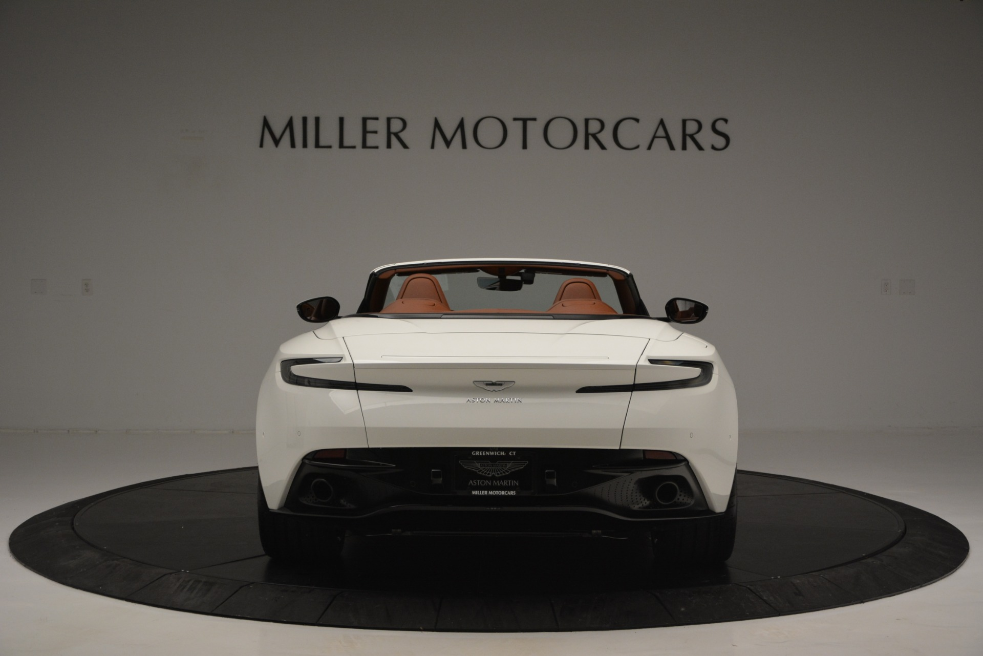 New 2019 Aston Martin DB11 V8 Convertible For Sale In Greenwich, CT 2903_p6