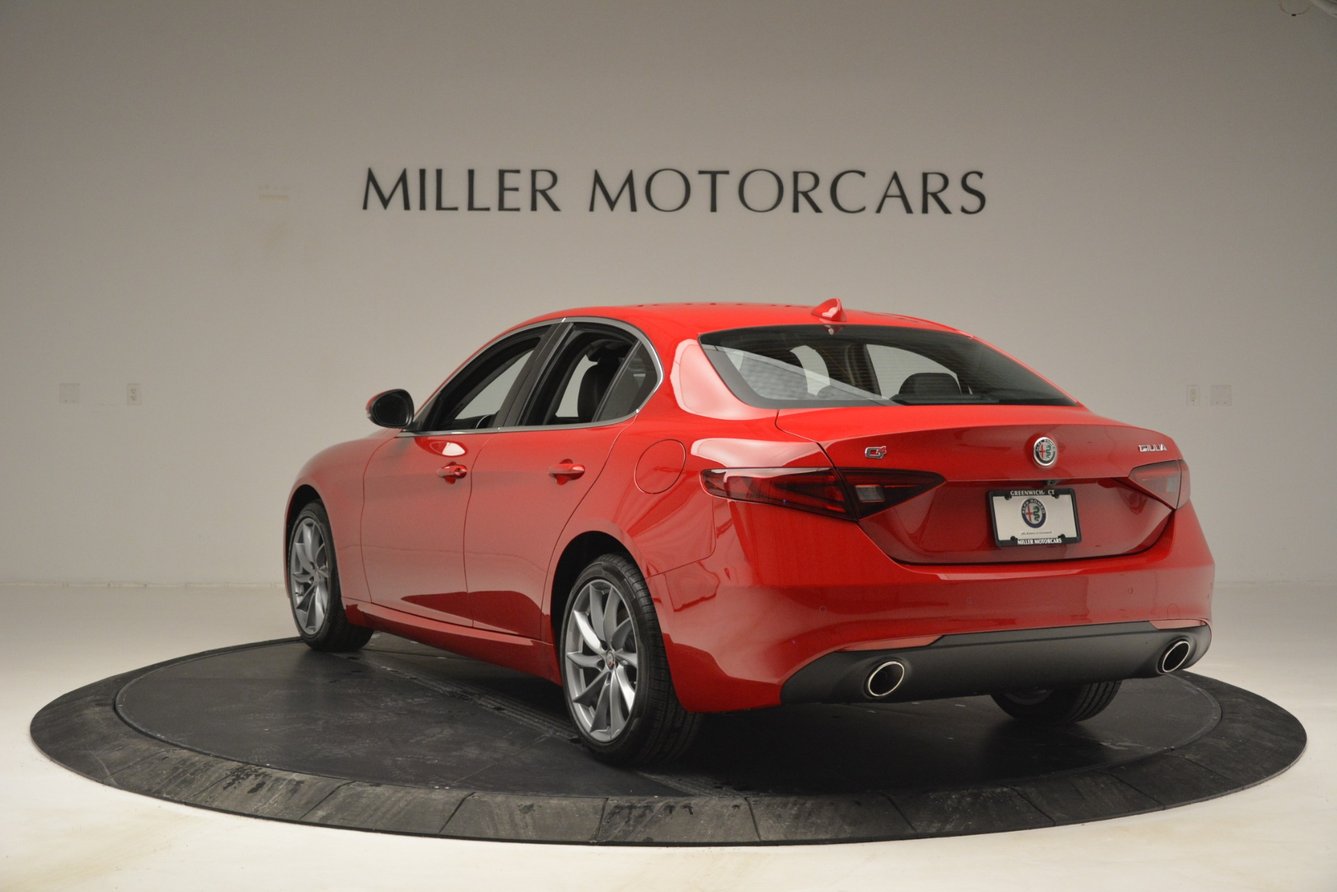 New 2019 Alfa Romeo Giulia Q4 For Sale In Greenwich, CT 2906_p5