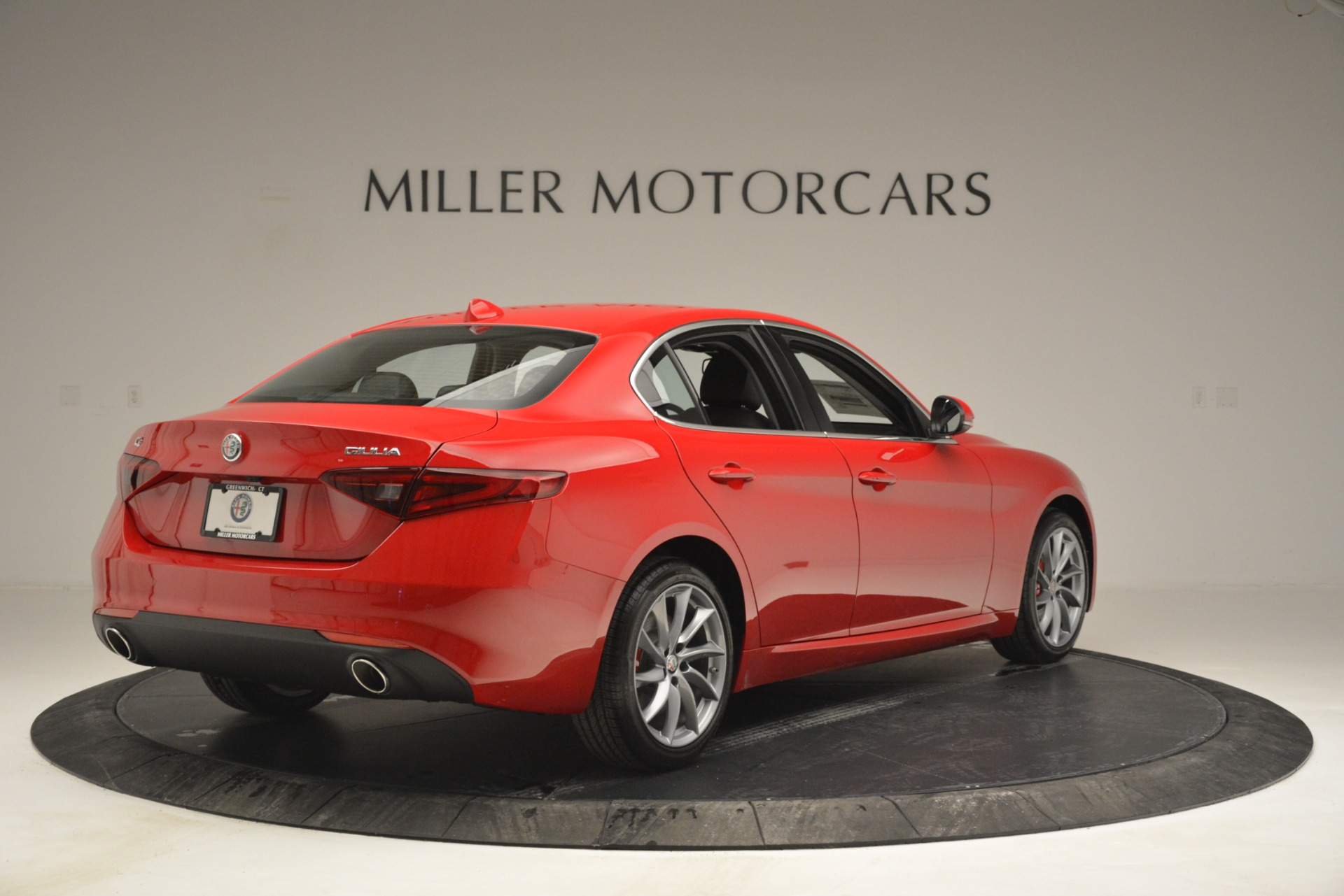 New 2019 Alfa Romeo Giulia Q4 For Sale In Greenwich, CT 2906_p7