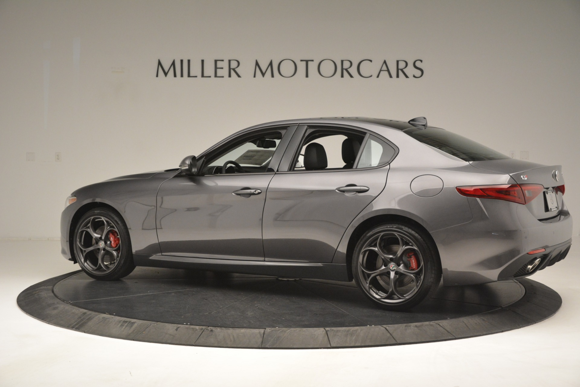 New 2019 Alfa Romeo Giulia Ti Sport Q4 For Sale In Greenwich, CT 2911_p4