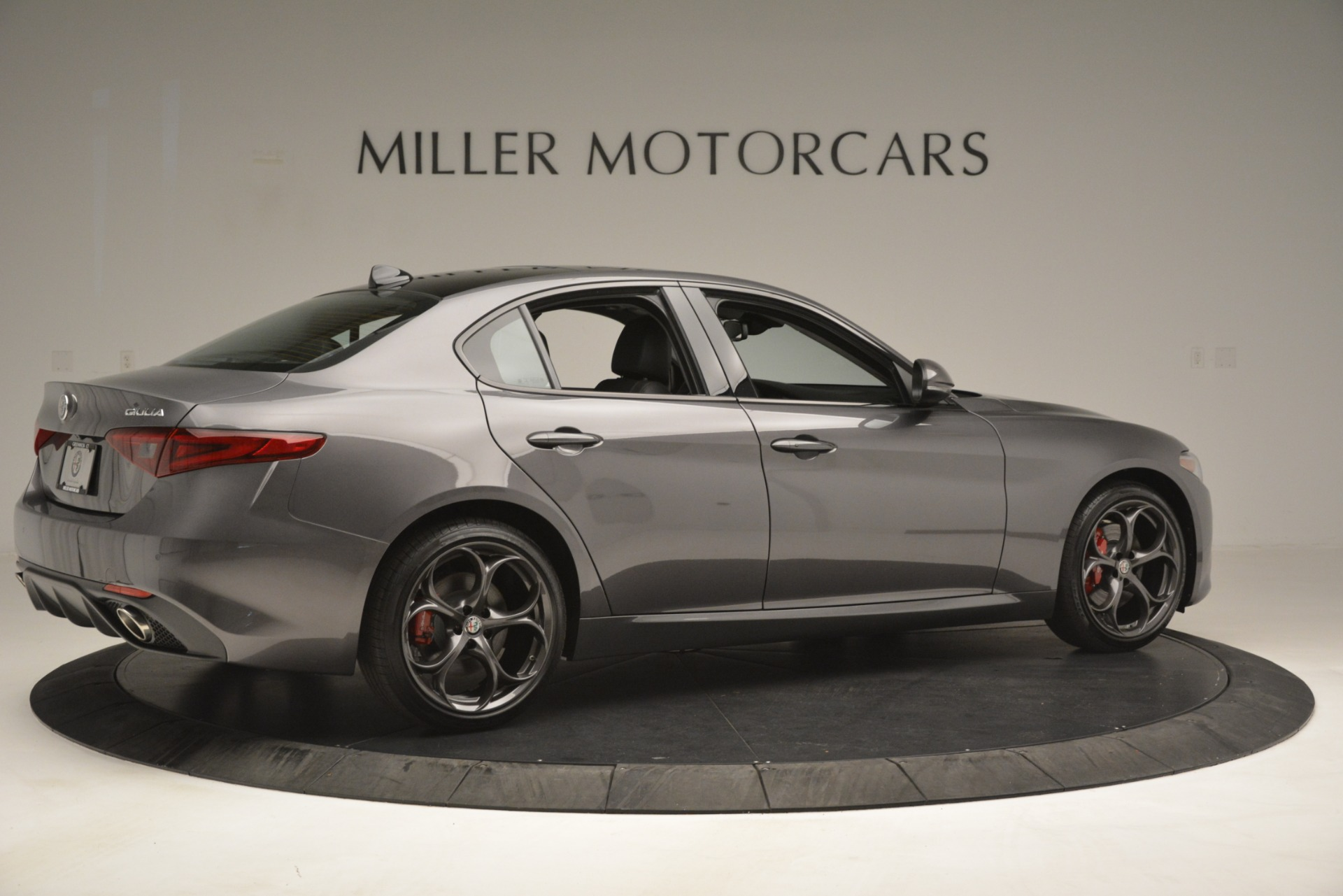 New 2019 Alfa Romeo Giulia Ti Sport Q4 For Sale In Greenwich, CT 2911_p8