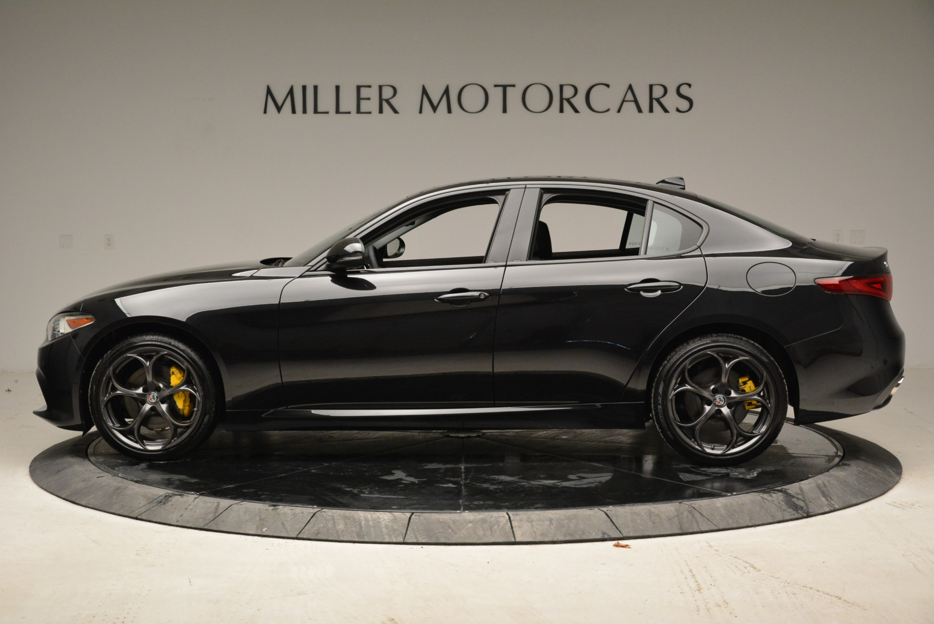 New 2019 Alfa Romeo Giulia Ti Sport Q4 For Sale In Greenwich, CT 2912_p3