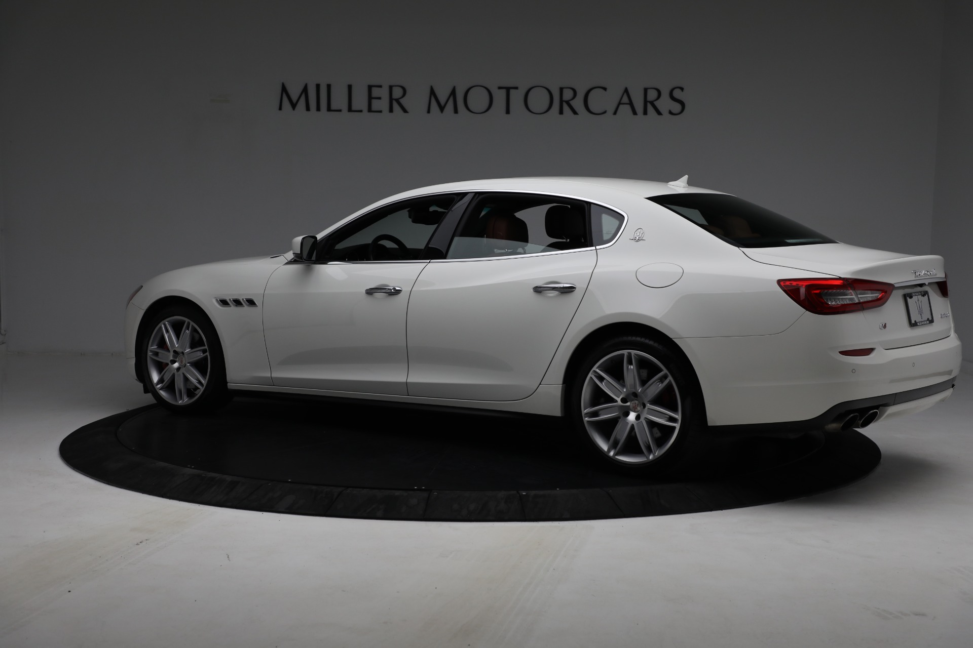 Used 2015 Maserati Quattroporte S Q4 For Sale In Greenwich, CT 2915_p4