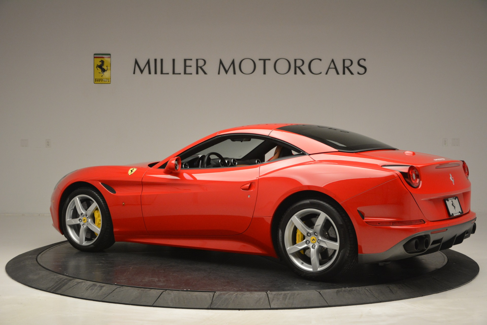 Used 2016 Ferrari California T Handling Speciale For Sale In Greenwich, CT 2921_p15