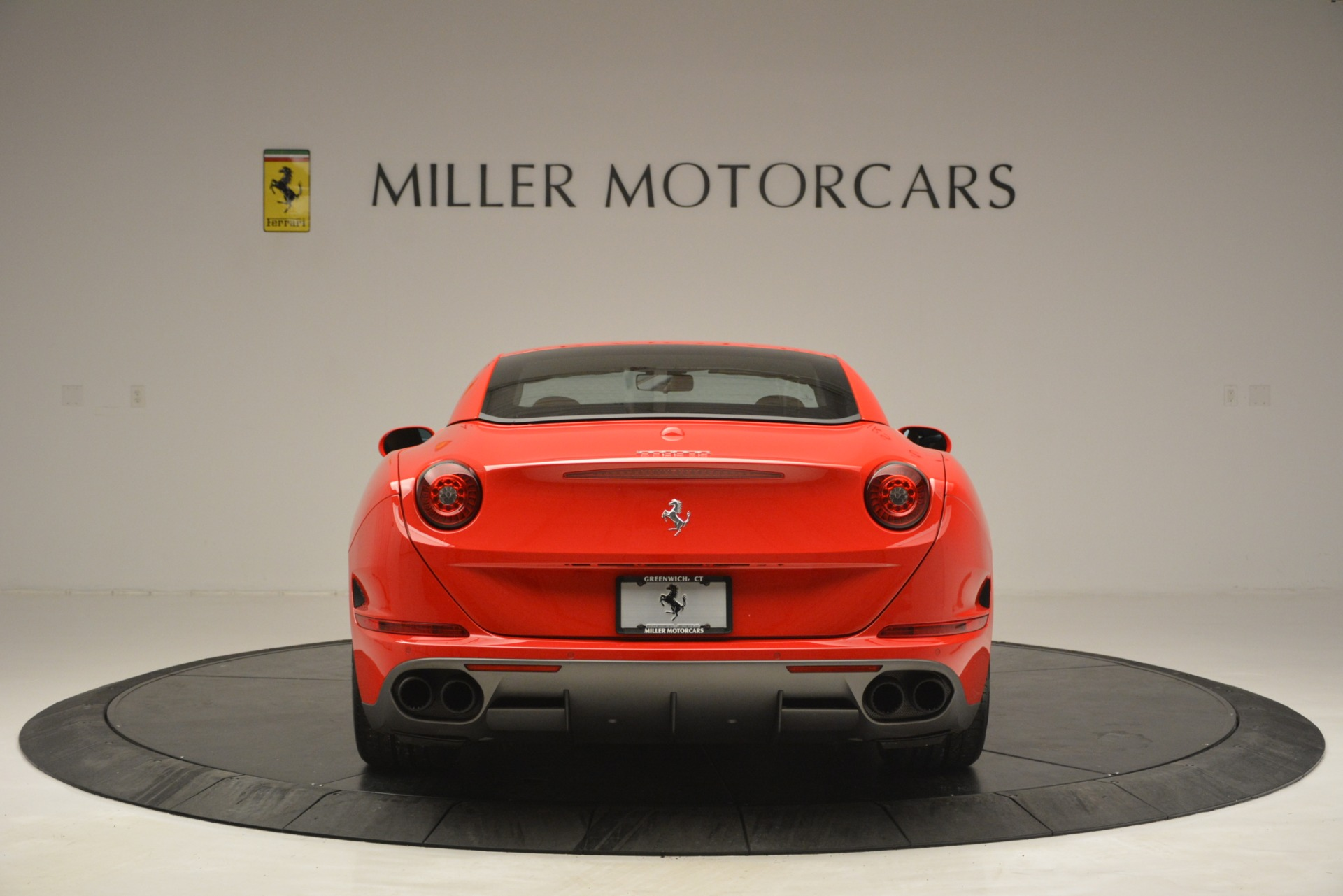 Used 2016 Ferrari California T Handling Speciale For Sale In Greenwich, CT 2921_p17