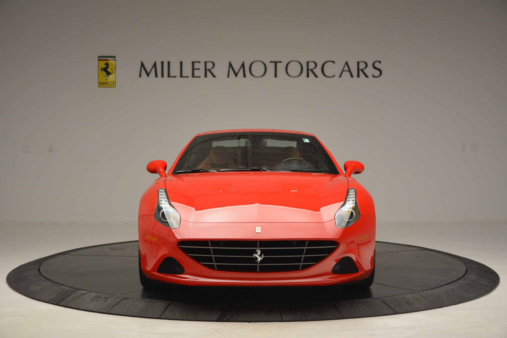 Used 2016 Ferrari California T Handling Speciale For Sale In Greenwich, CT 2921_p23