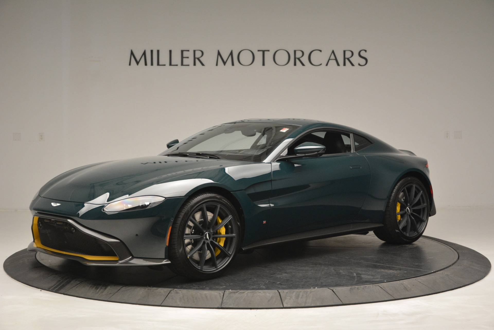 New 2019 Aston Martin Vantage Coupe For Sale In Greenwich, CT