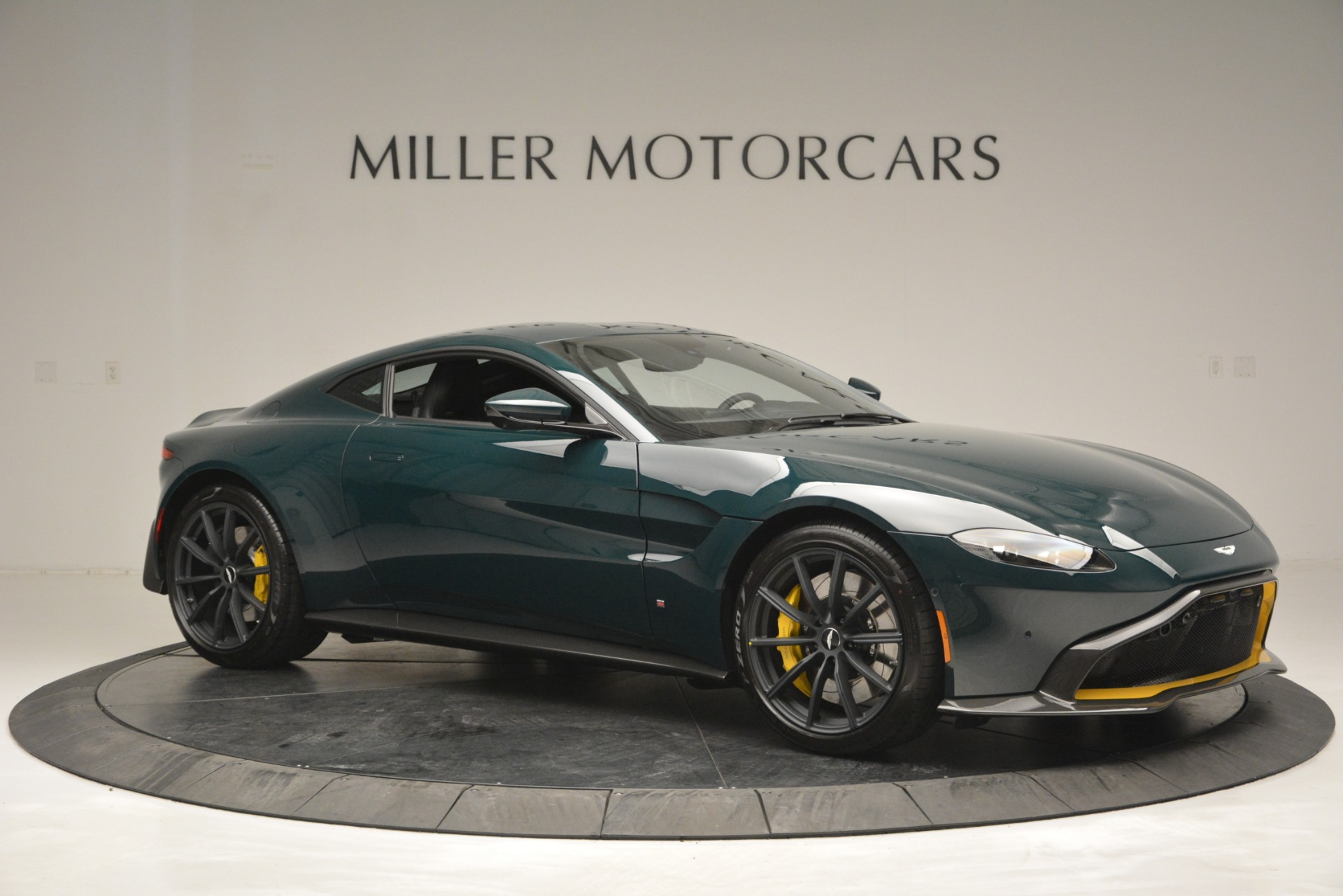 Used 2019 Aston Martin Vantage Coupe For Sale In Greenwich, CT 2929_p10