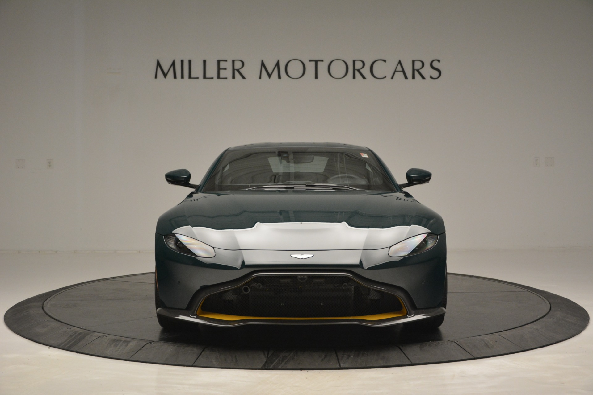Used 2019 Aston Martin Vantage Coupe For Sale In Greenwich, CT 2929_p12