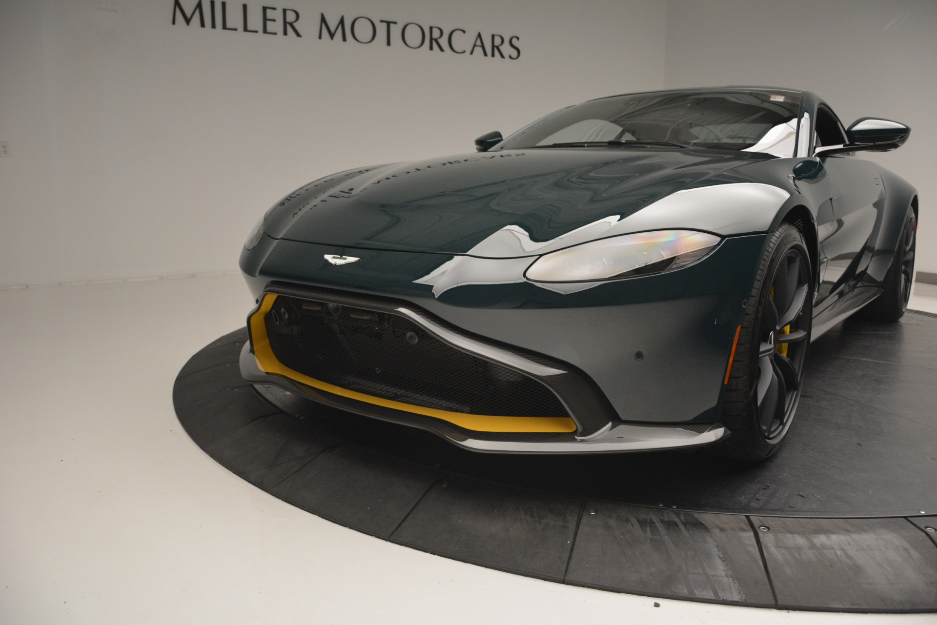 Used 2019 Aston Martin Vantage Coupe For Sale In Greenwich, CT 2929_p16