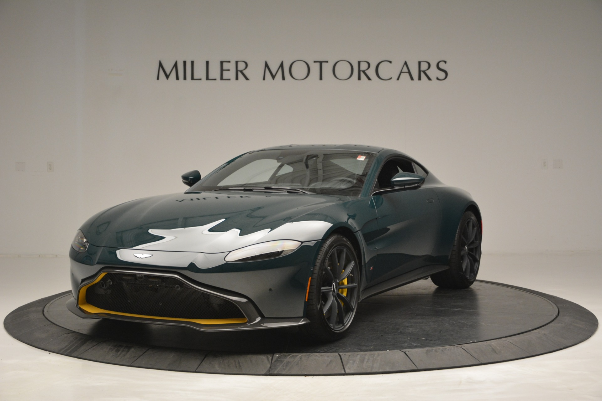 New 2019 Aston Martin Vantage Coupe For Sale In Greenwich, CT 2929_p2