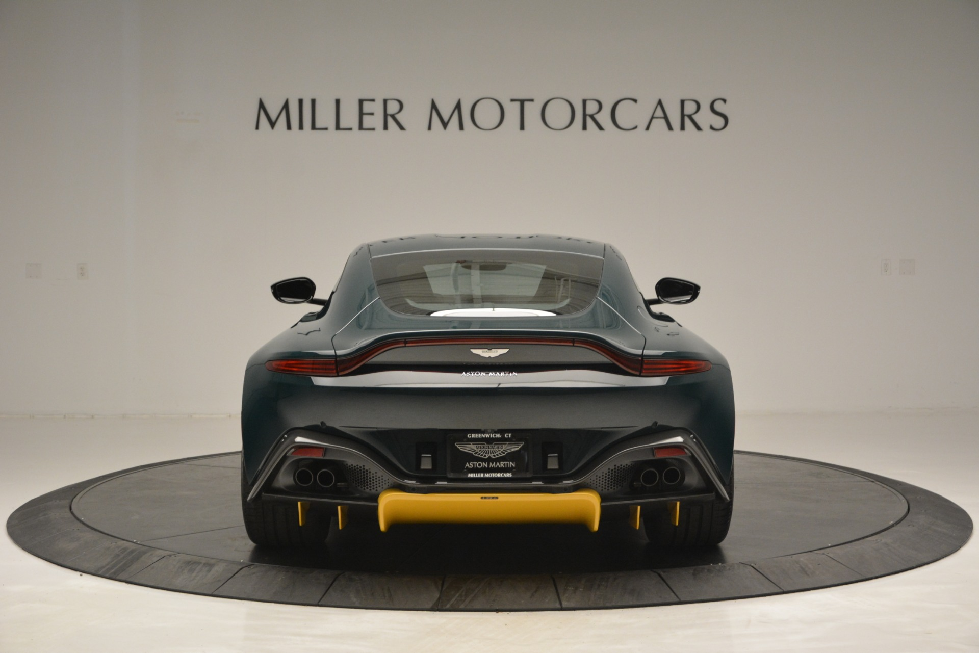 Used 2019 Aston Martin Vantage Coupe For Sale In Greenwich, CT 2929_p6