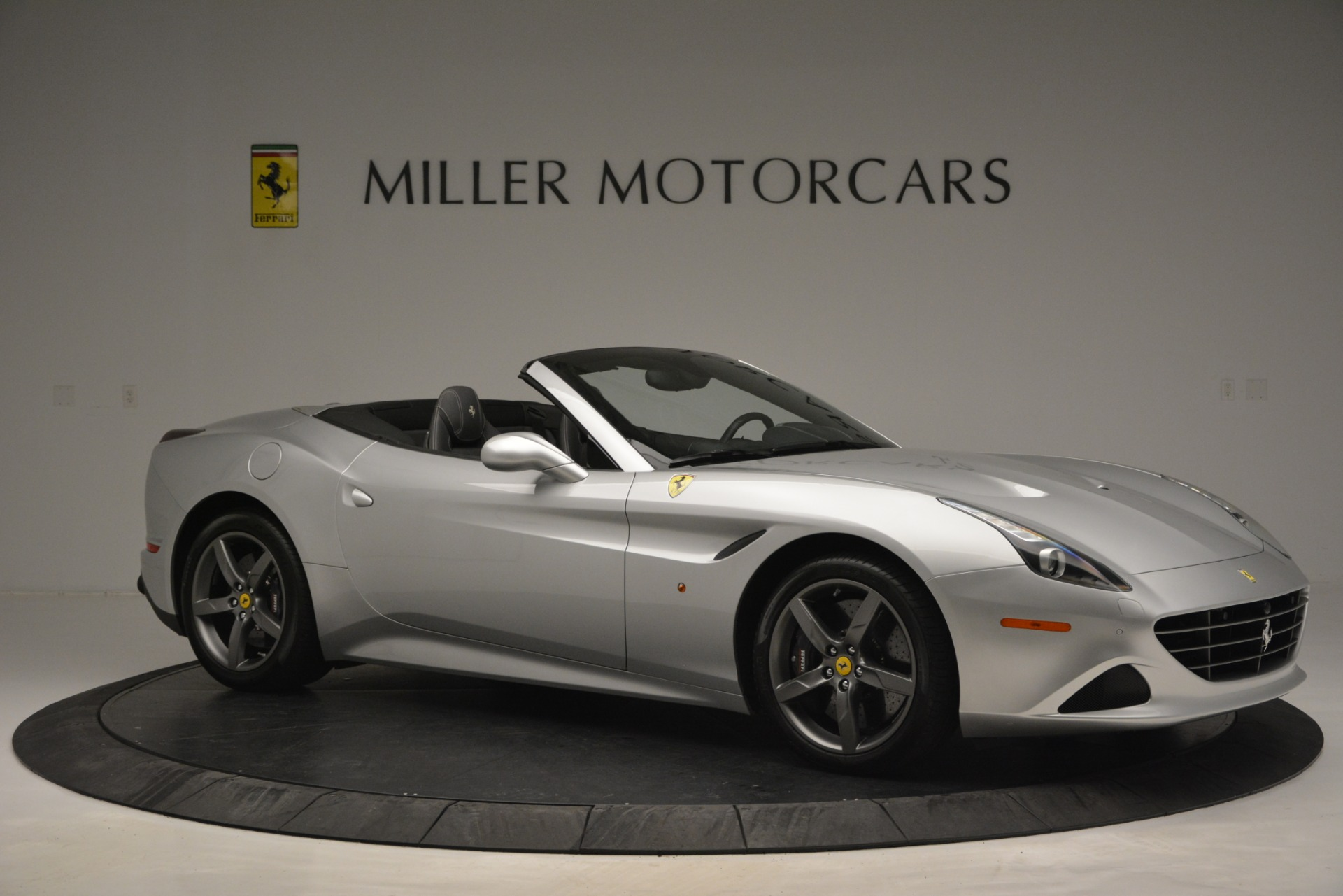 Used 2017 Ferrari California T Handling Speciale For Sale In Greenwich, CT 2931_p10