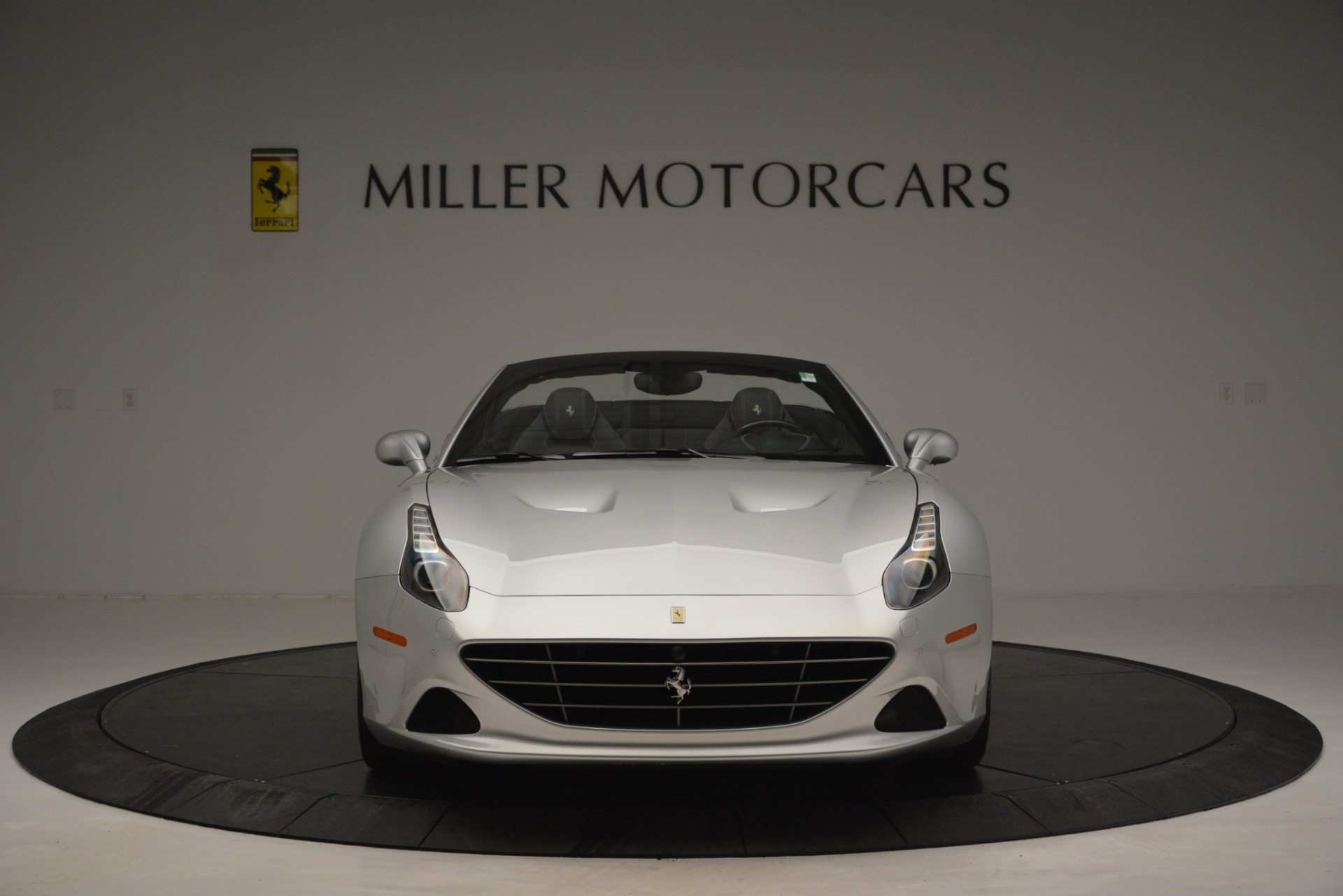 Used 2017 Ferrari California T Handling Speciale For Sale In Greenwich, CT 2931_p12