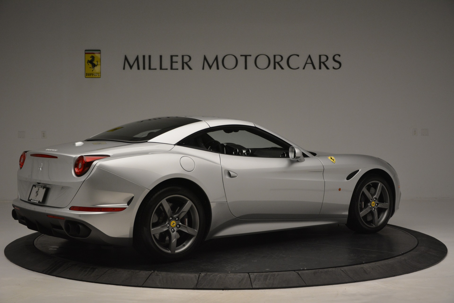 Used 2017 Ferrari California T Handling Speciale For Sale In Greenwich, CT 2931_p20