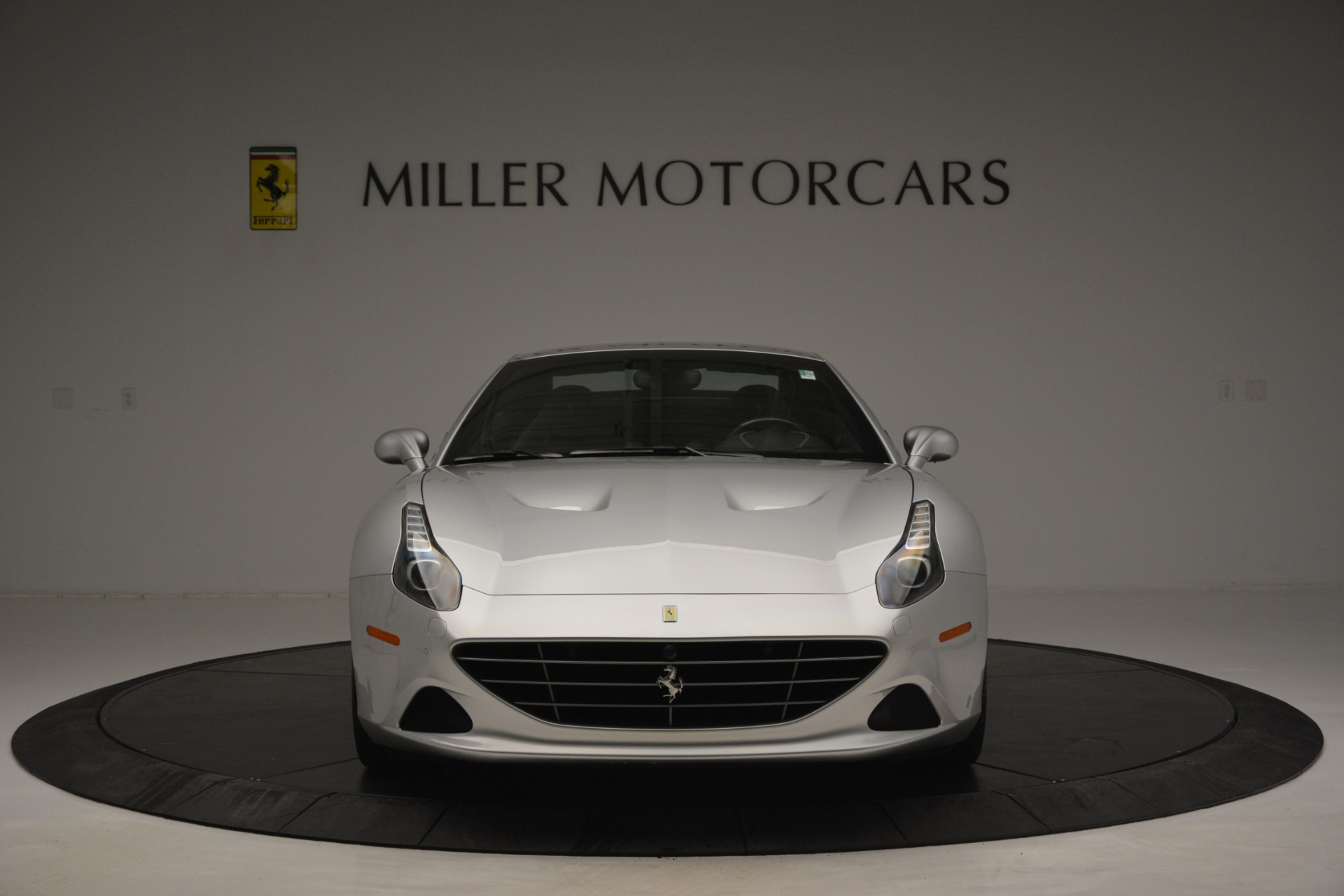 Used 2017 Ferrari California T Handling Speciale For Sale In Greenwich, CT 2931_p24