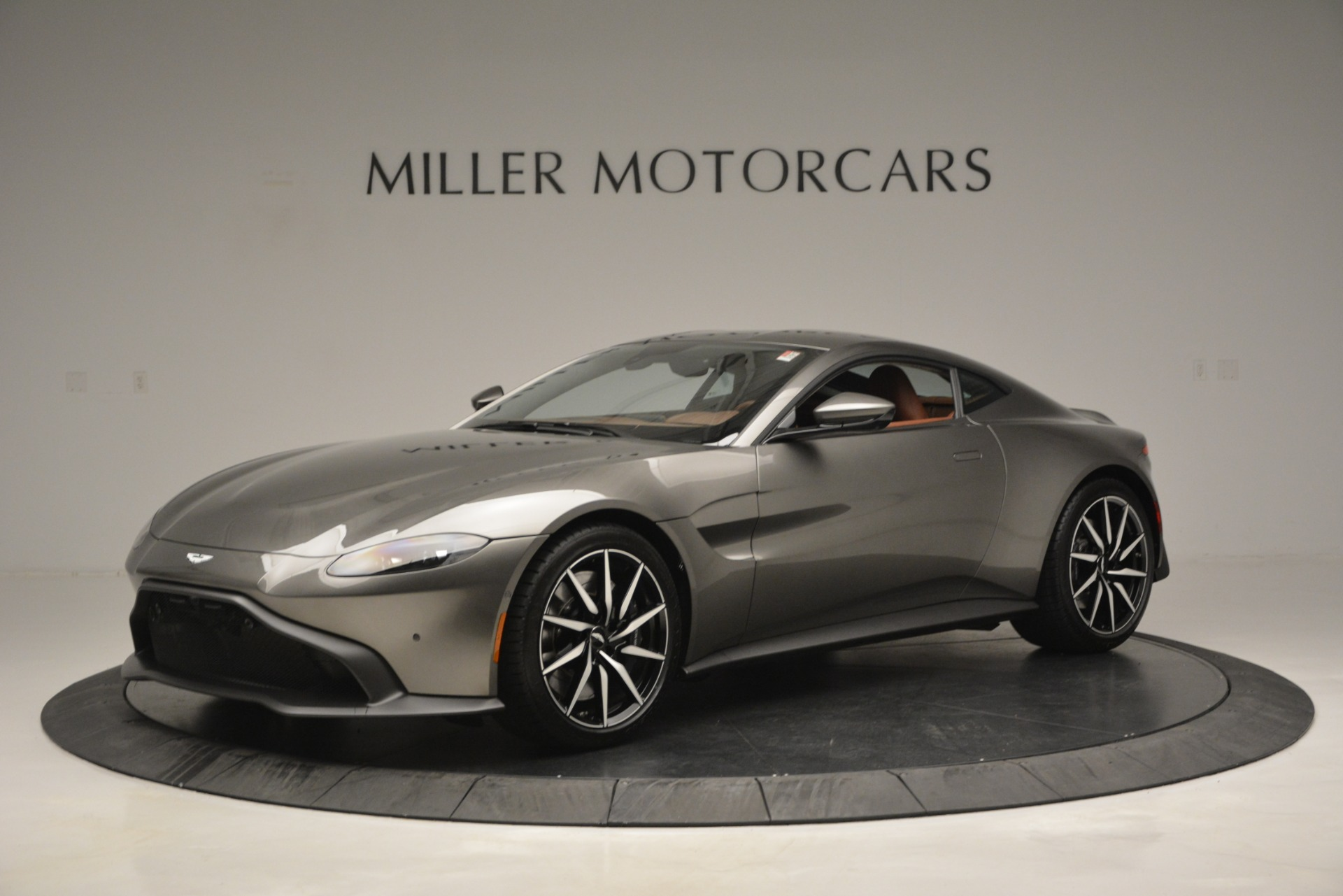 Used 2019 Aston Martin Vantage  For Sale In Greenwich, CT 2932_main