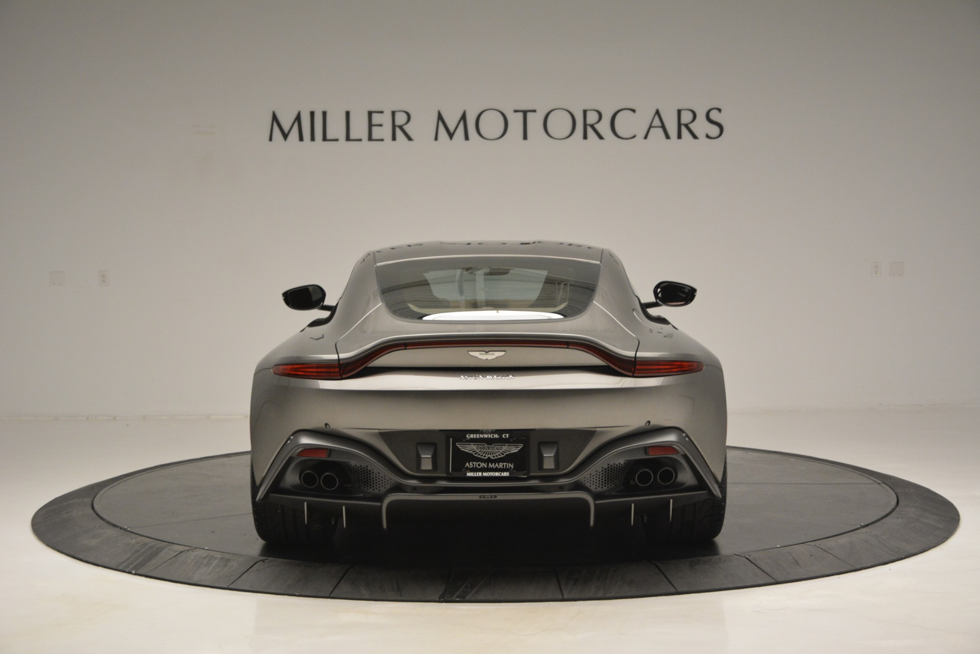 Used 2019 Aston Martin Vantage  For Sale In Greenwich, CT 2932_p5