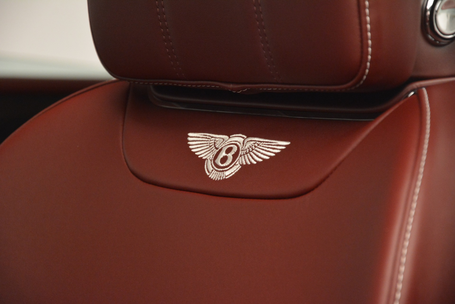 New 2019 Bentley Bentayga V8 For Sale In Greenwich, CT 2935_p20