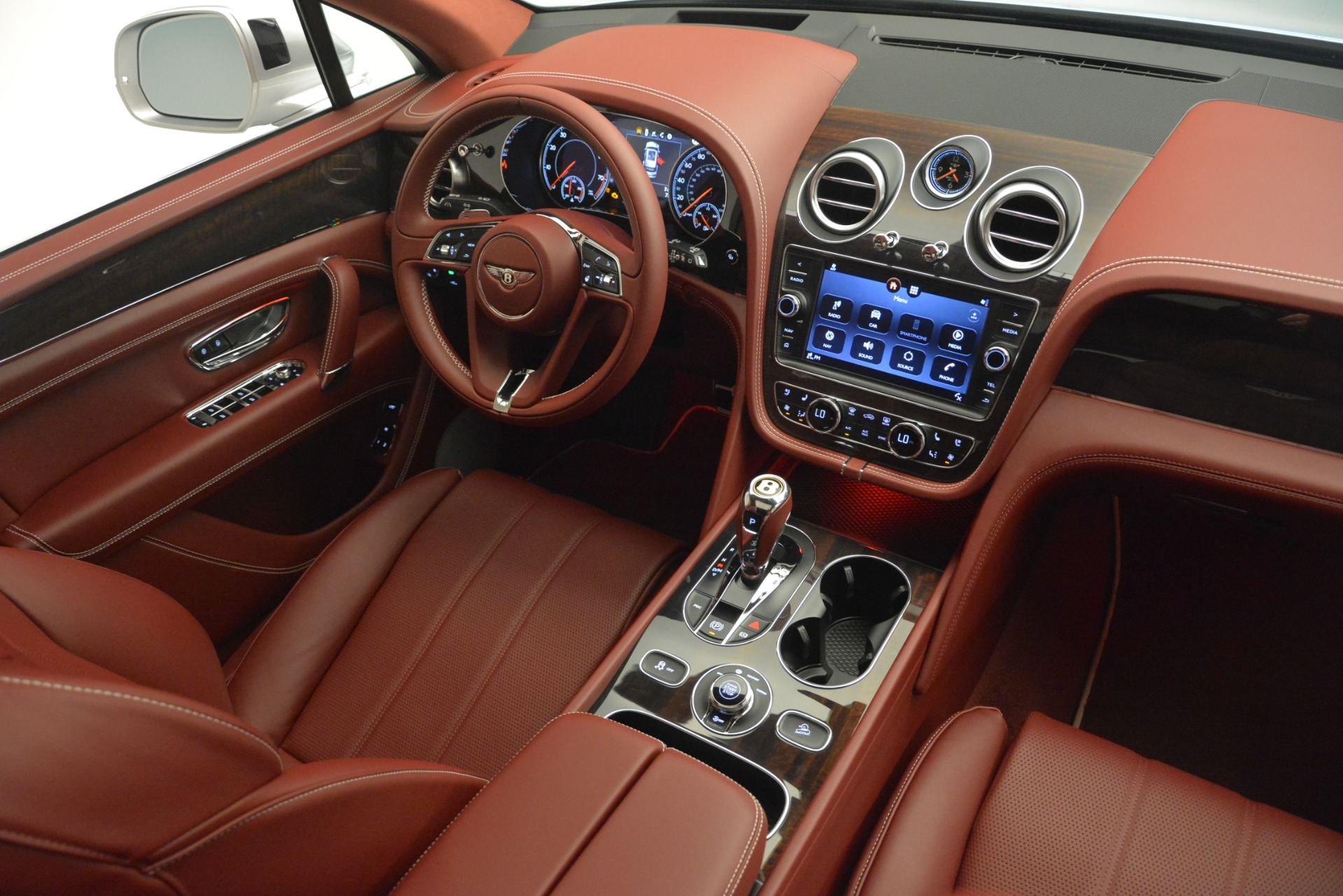 New 2019 Bentley Bentayga V8 For Sale In Greenwich, CT 2935_p30